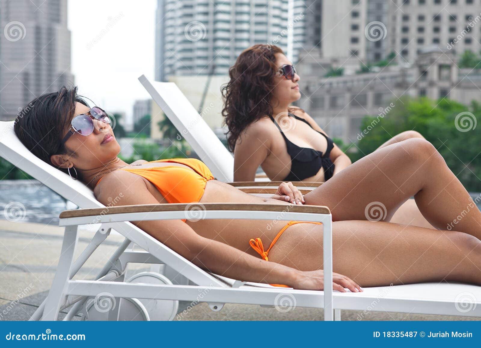 mooie vrouwen in bikini seksvideo gratis