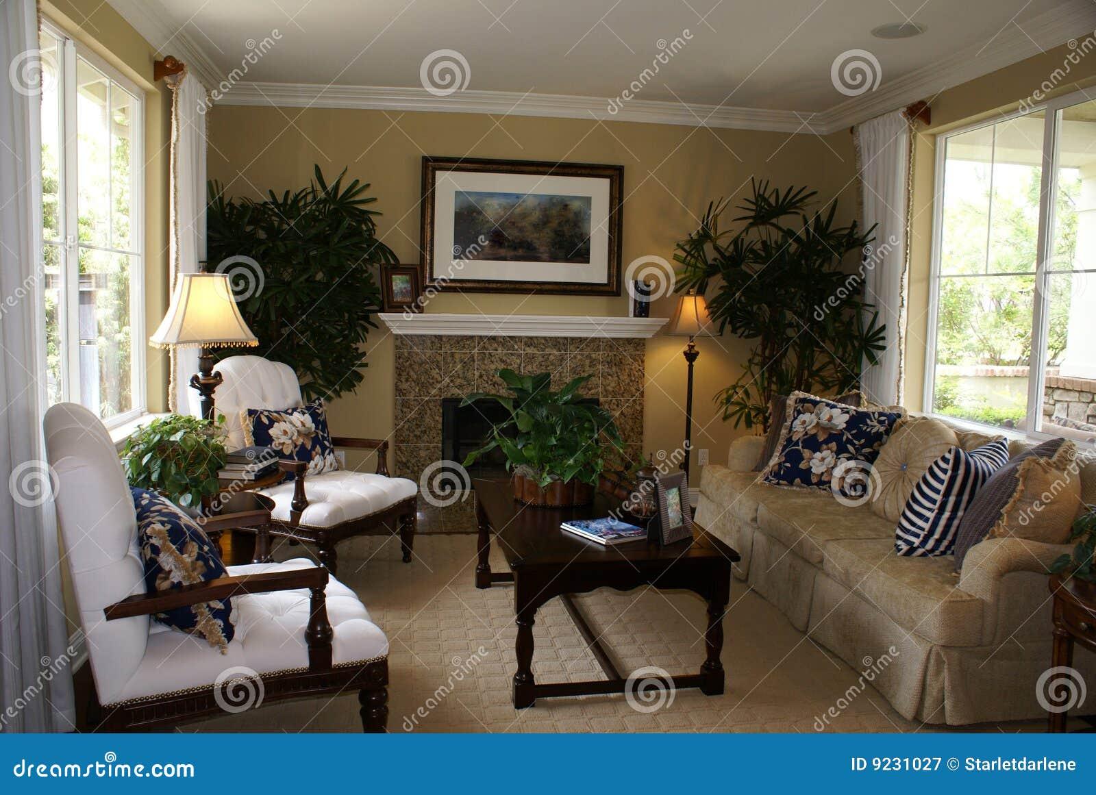 mooie woonkamer royalty-vrije stock fotografie - afbeelding: 9231027, Deco ideeën