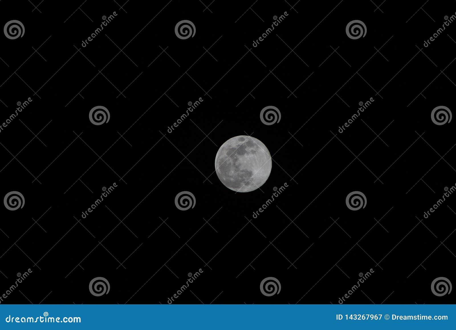 Moon in Pontevedra
