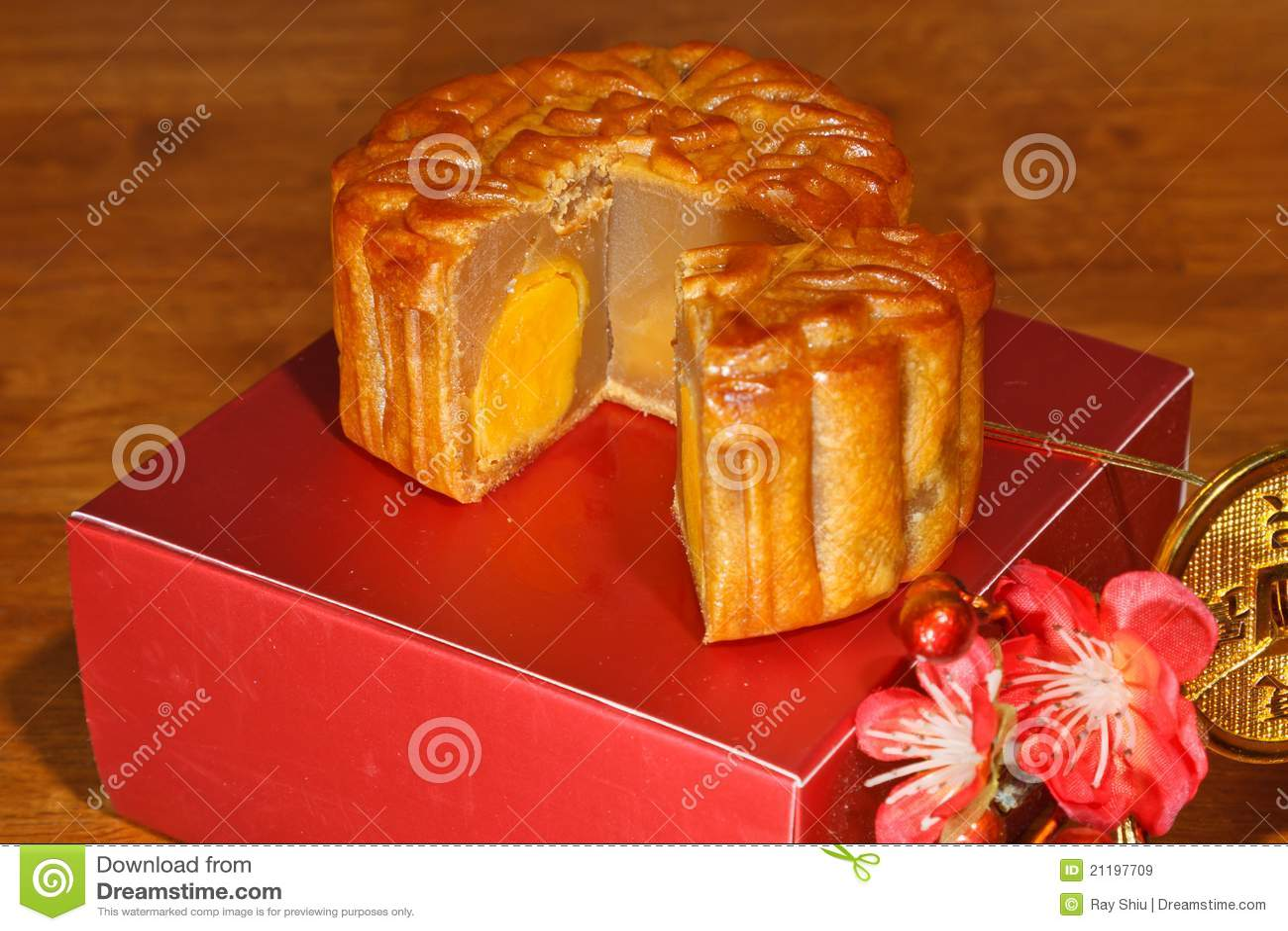 Mooncake Piece