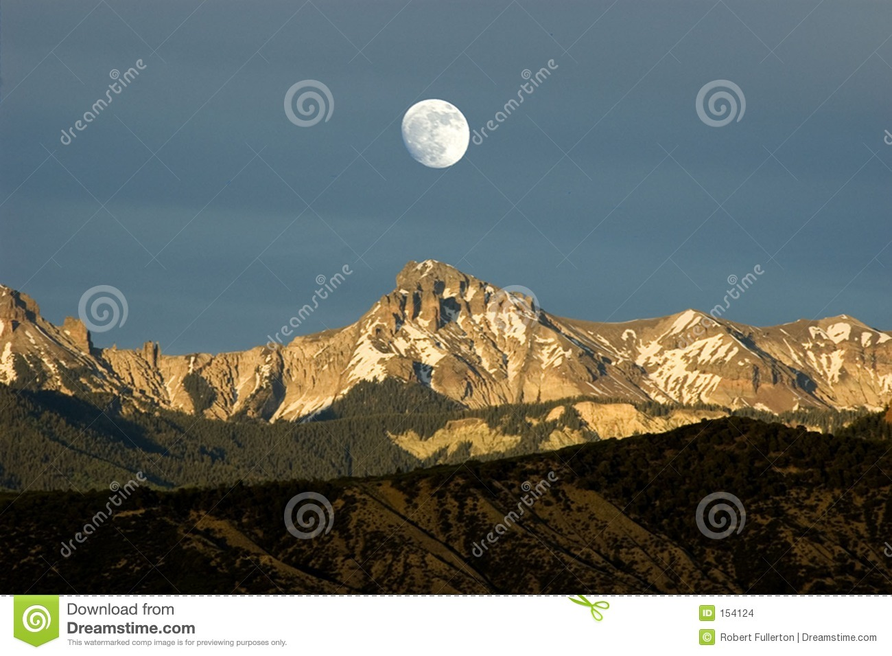 Moonrise over cimmarons