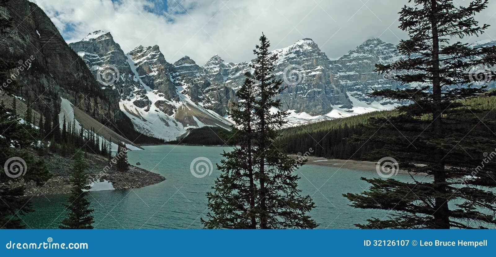 Morän nationalpark för sjö, Banff, Alberta, Kanada