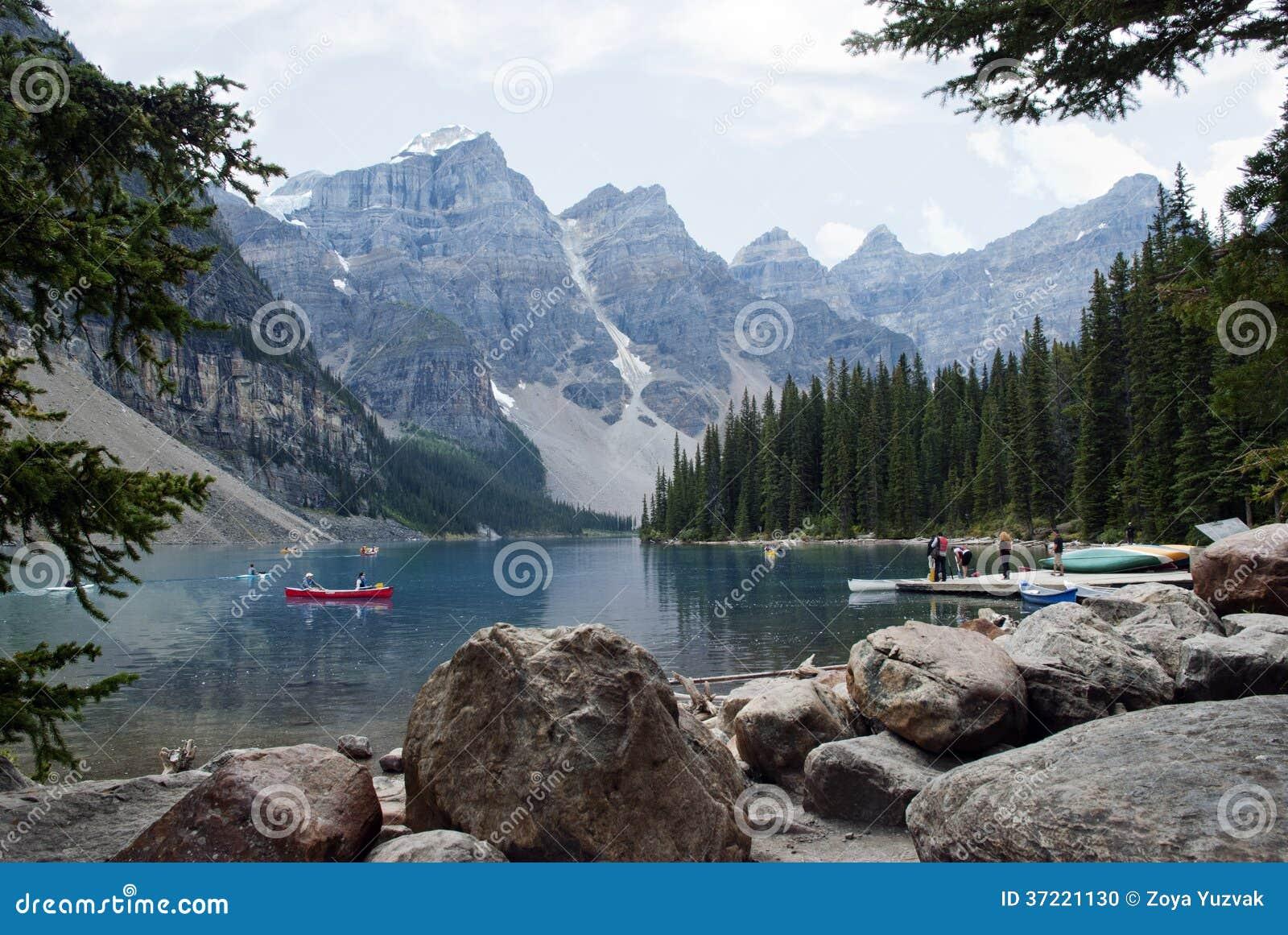 Moraine Lake, Banff National Park, Alberta, Canada Stock Photo - Image: 37221130