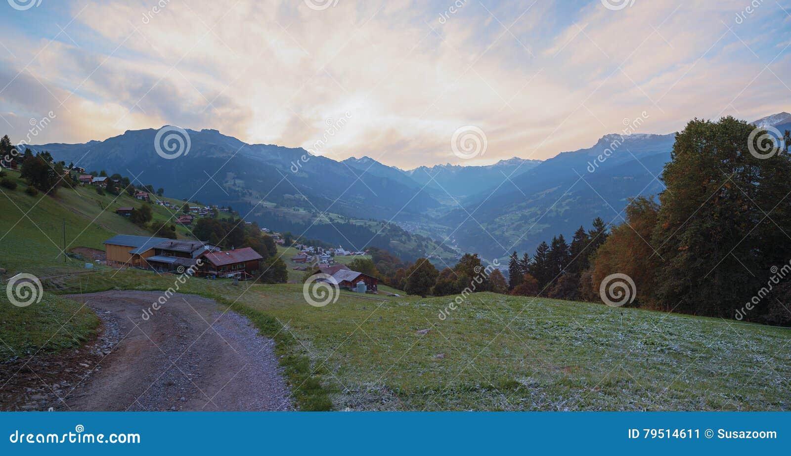 Morgenstimmung an Schweizer Tal praettigau