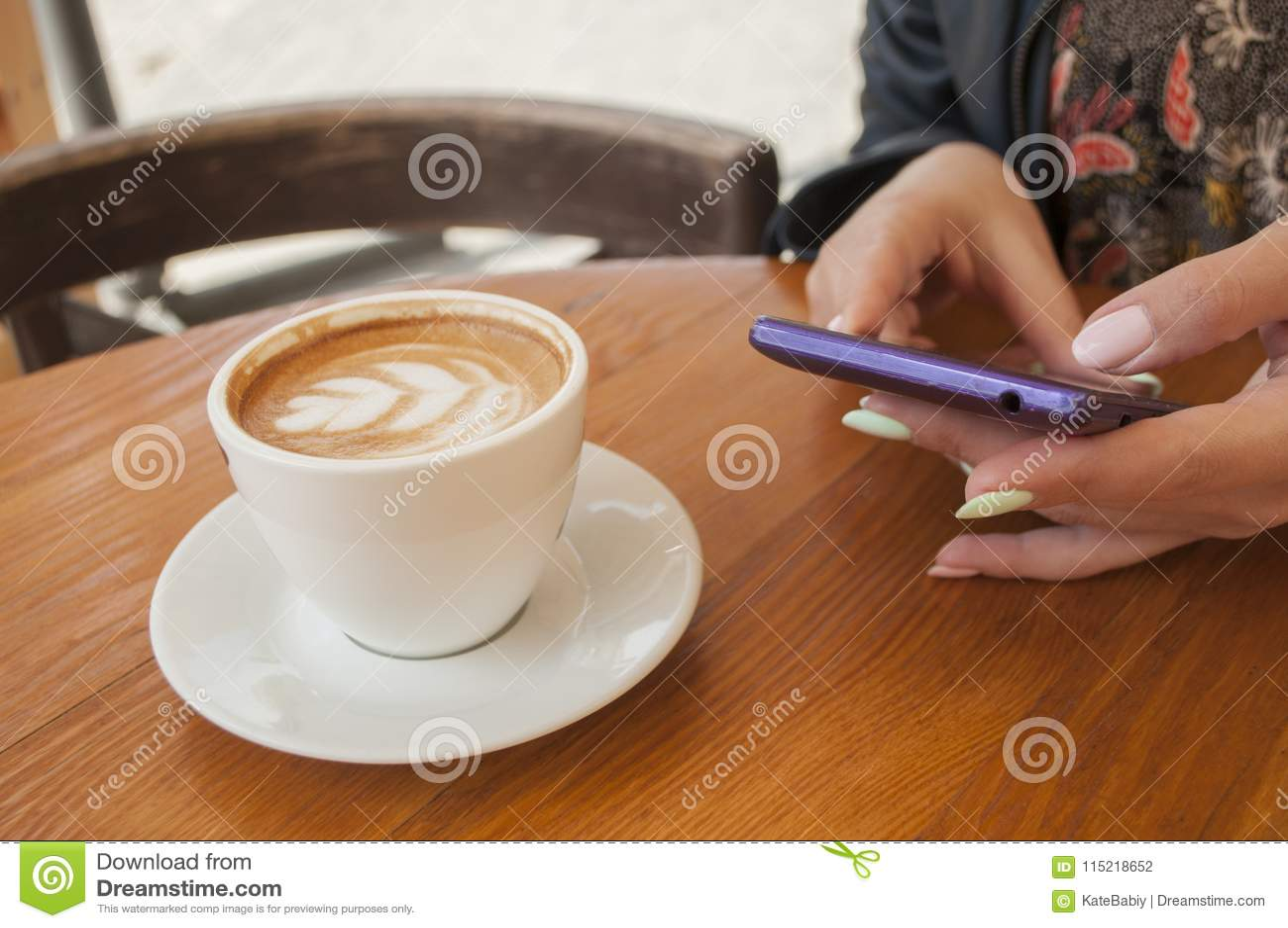 Morgonkopp kaffe och giffel