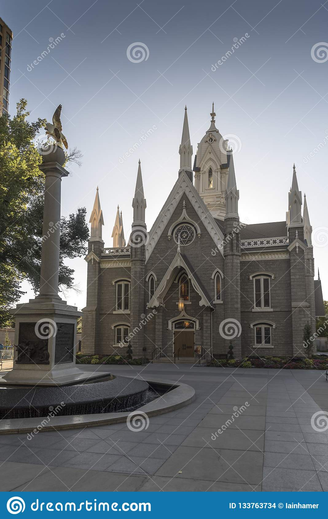 Mormonu zgromadzenie sala i Seagull pomnikowa świątynia Obciosujemy Salt Lake City