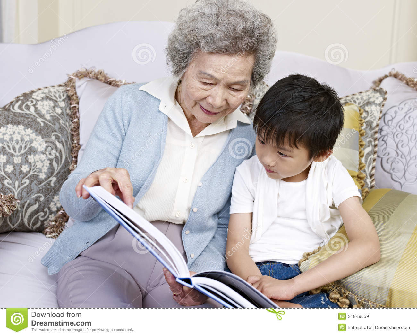 Mormor och sonson