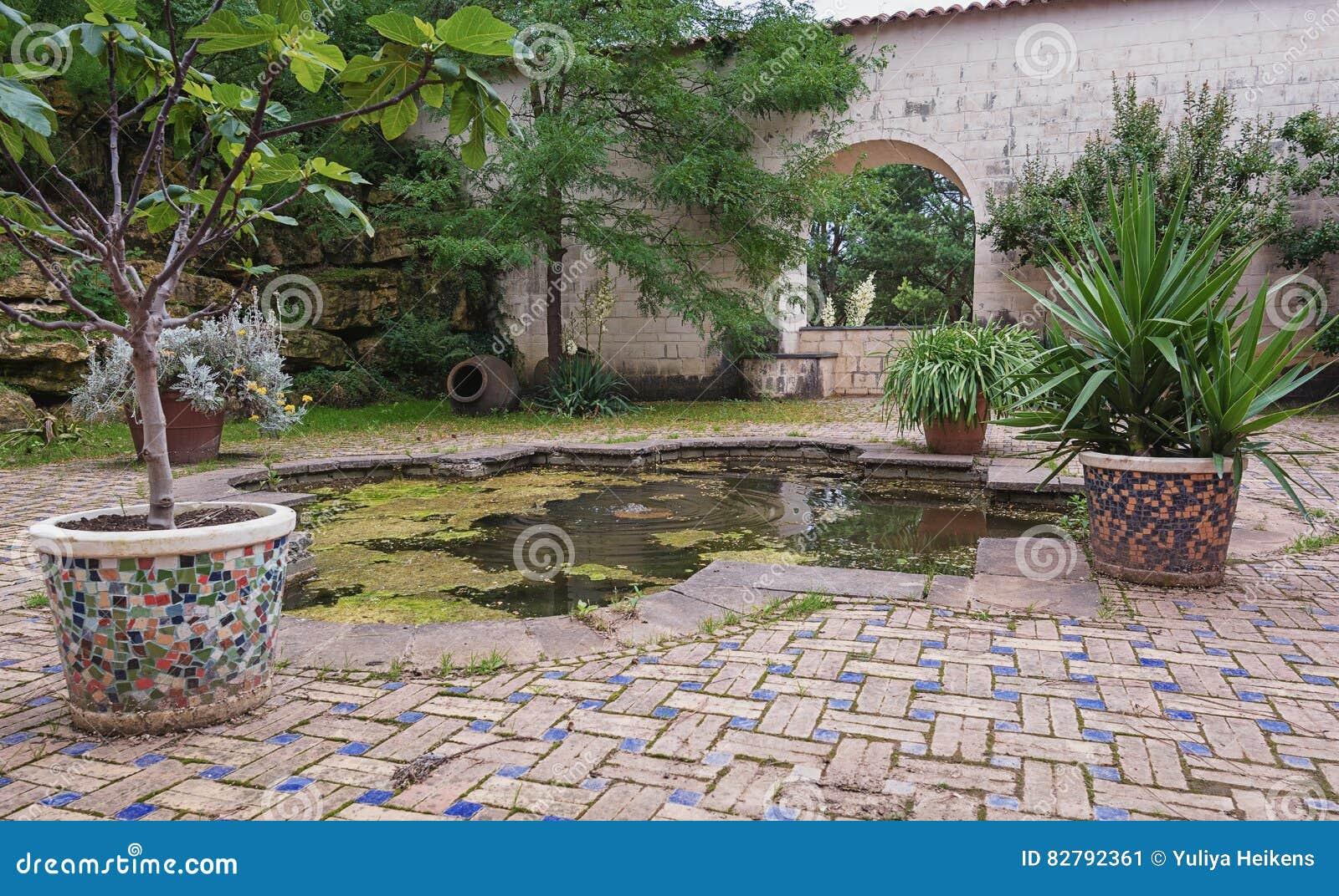Moroccan Garden Copy In The Park Stock Image Image Of Doorway