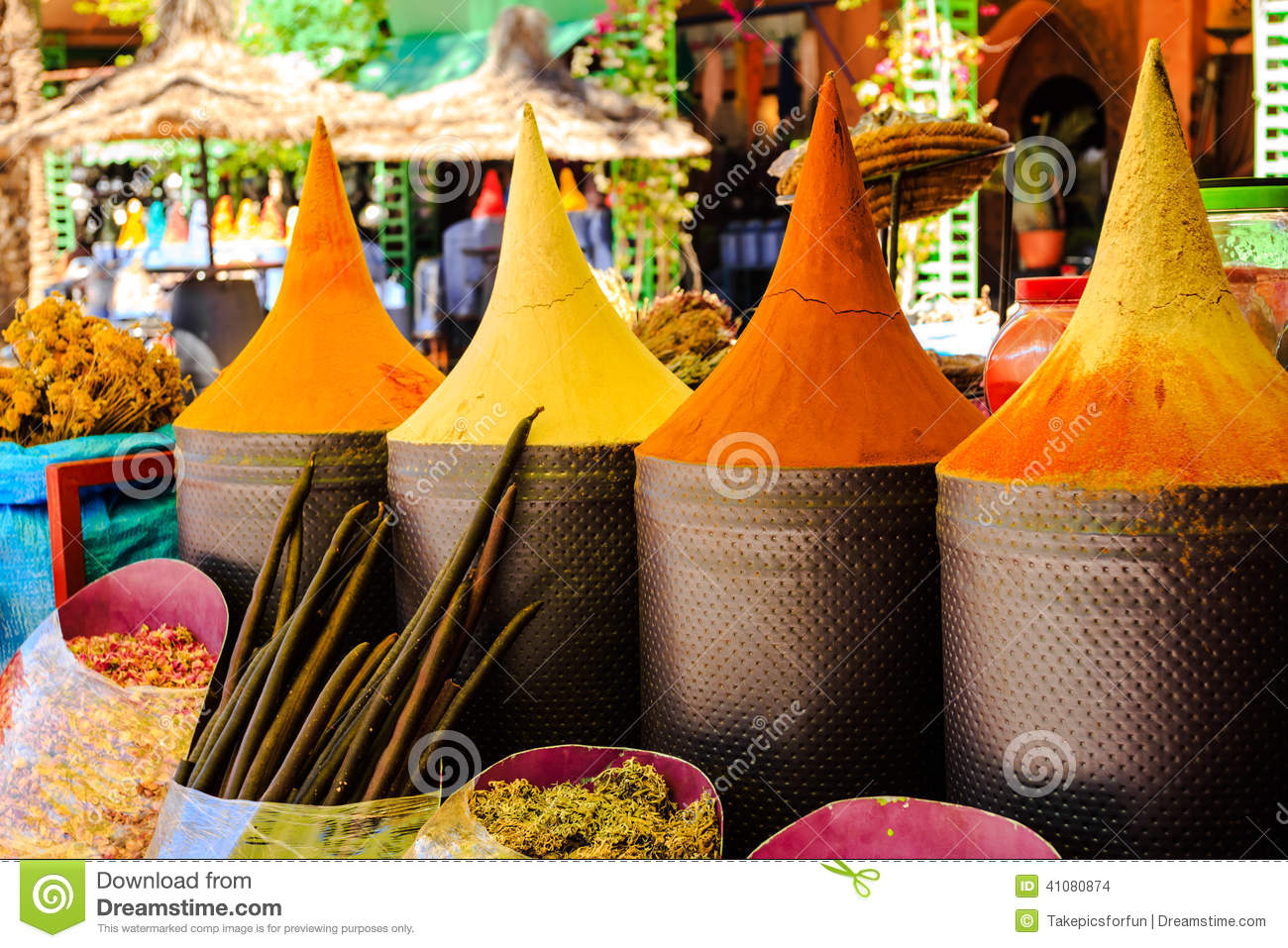 moroccan spice stall stock photo - image: 41080874