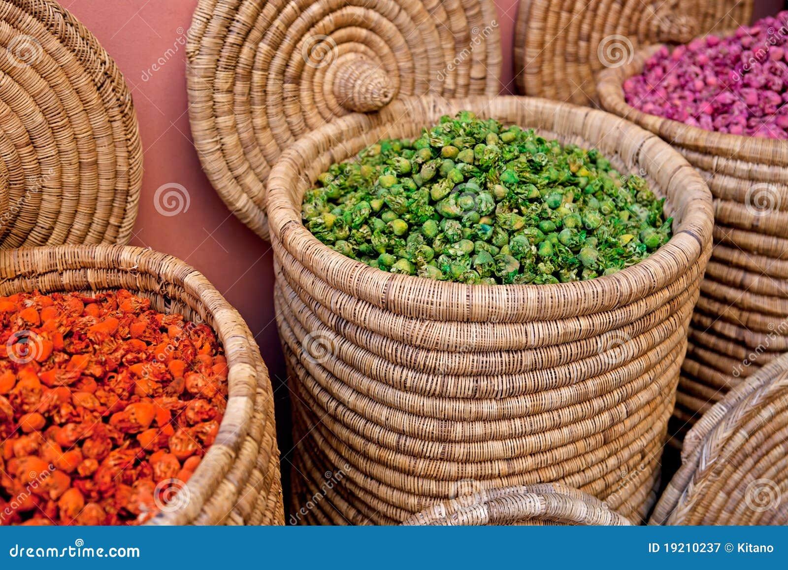 moroccan spice market stock photos - image: 14613313