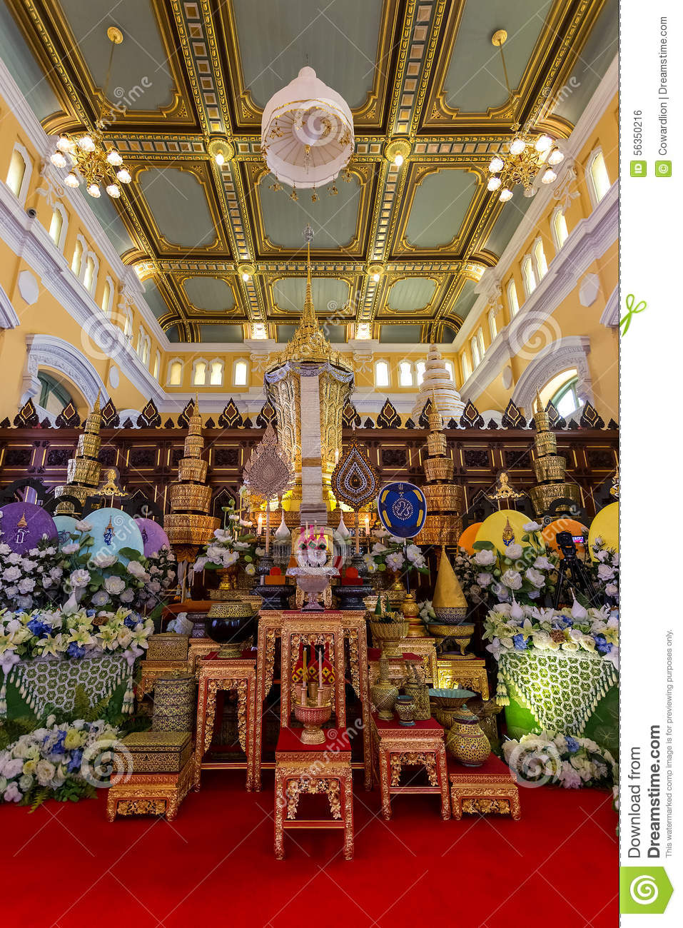 The mortuary urn of Buddhist supreme patriarch of the Buddhist priests