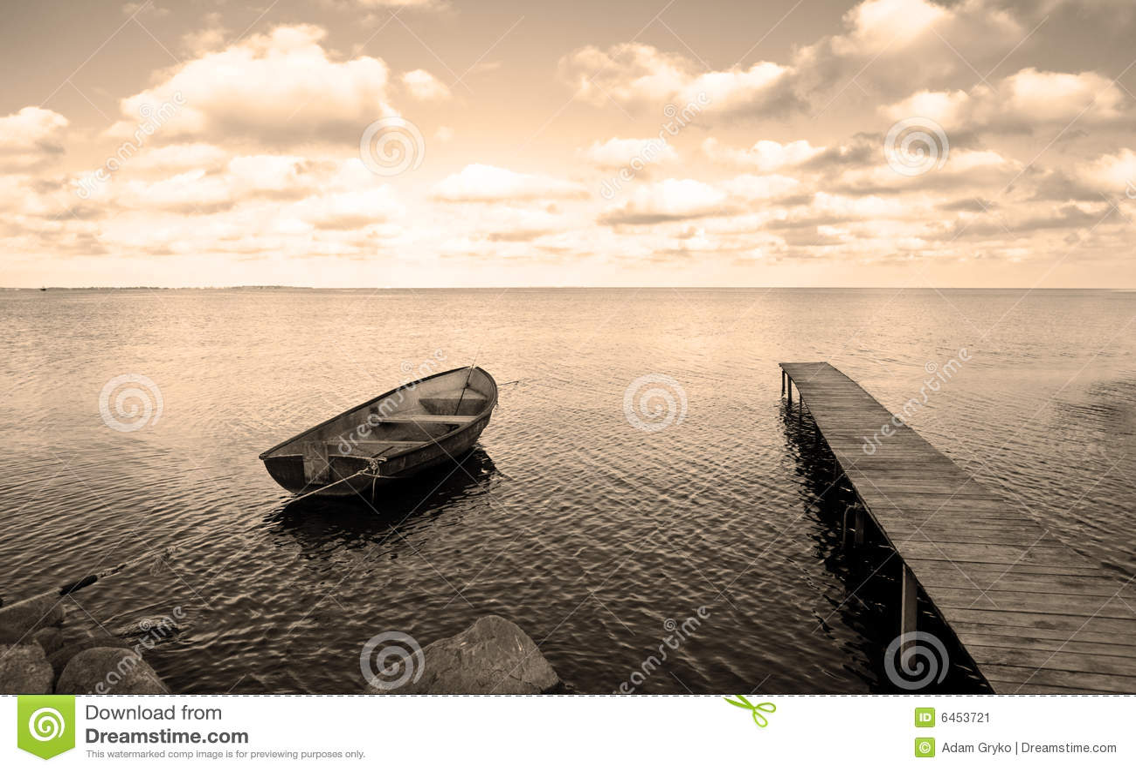 Morze łódki mostu