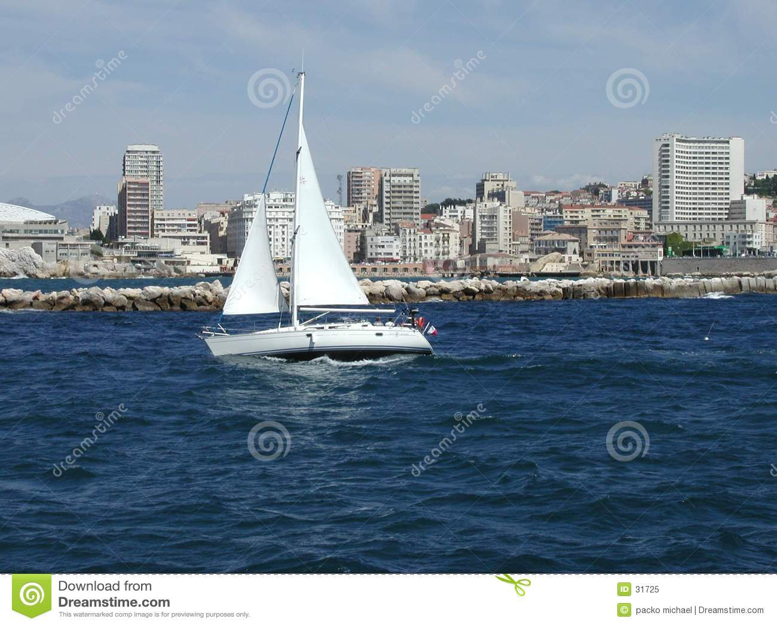 Morze Śródziemne łodzi white