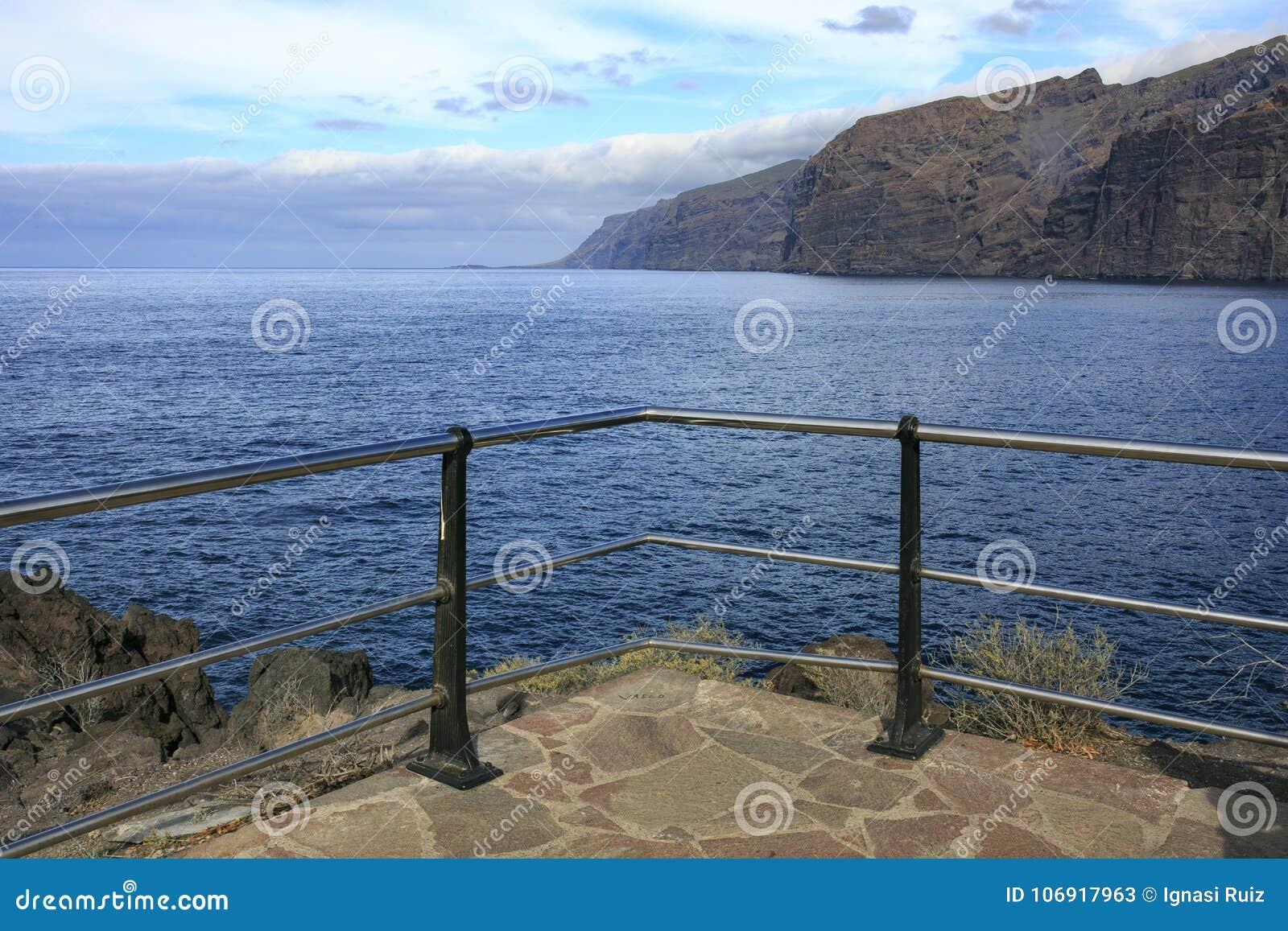 Morze krajobraz w Tenerife wyspa kanaryjska Tenerife długo ekspozycji