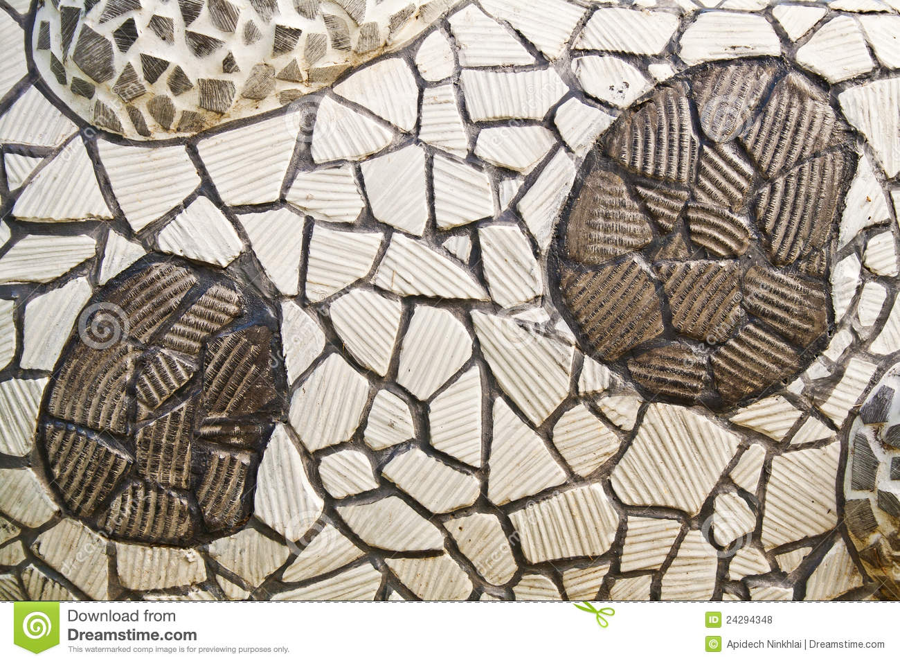 Mosaic Wall From Broken Ceramic Tiles Royalty Free Stock