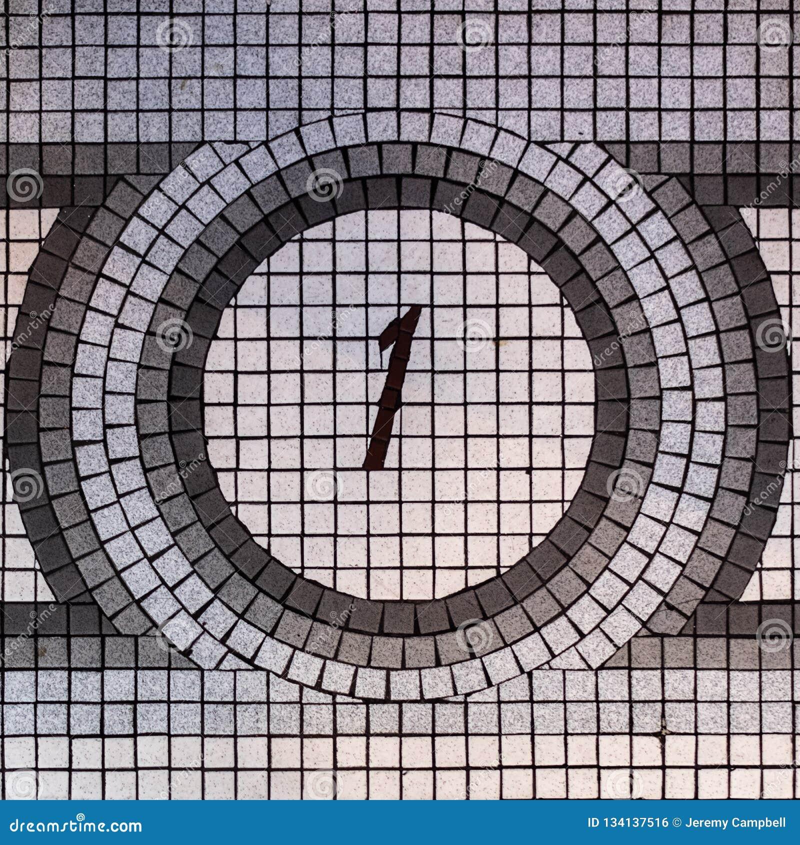 Mosaico de um andar do número