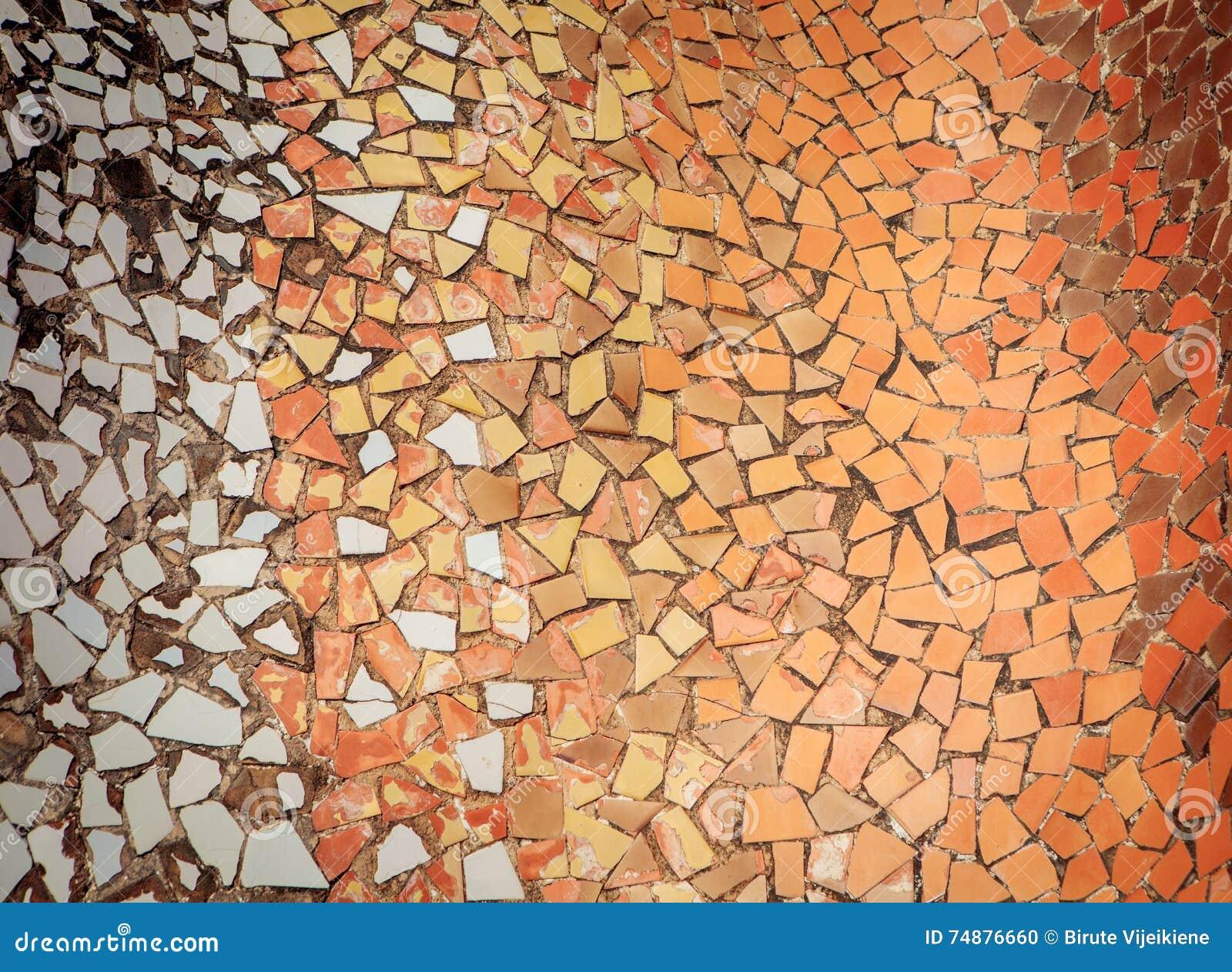 Mosaico del frammento della piastrella di ceramica fondo del