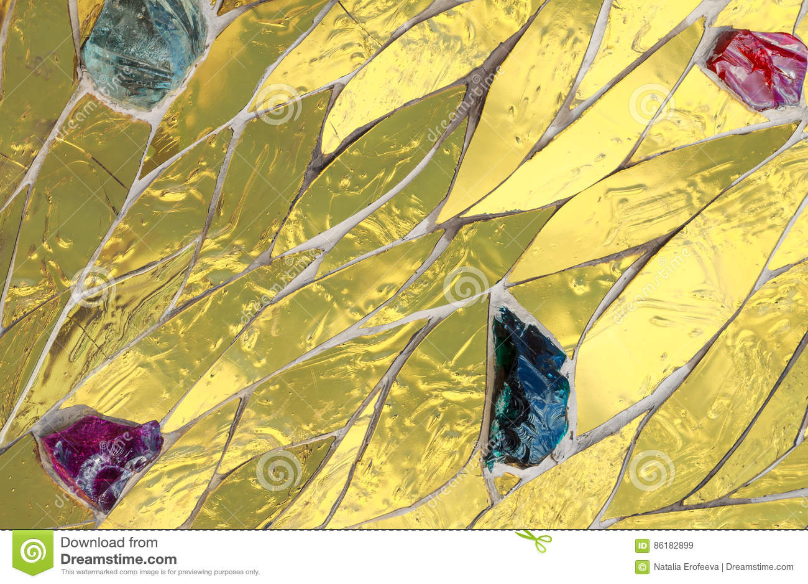 Mosaico dorato decorato con il fondo colorato delle pietre Metalli lucido brillante luminoso dell oro giallo di struttura decorat