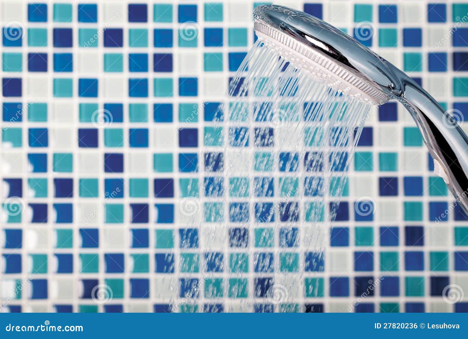 Acquazzone Sul Mosaico Della Priorità Bassa Nella Stanza Da Bagno #277499 1300 959 Quadri Shabby Chic Sala Da Pranzo