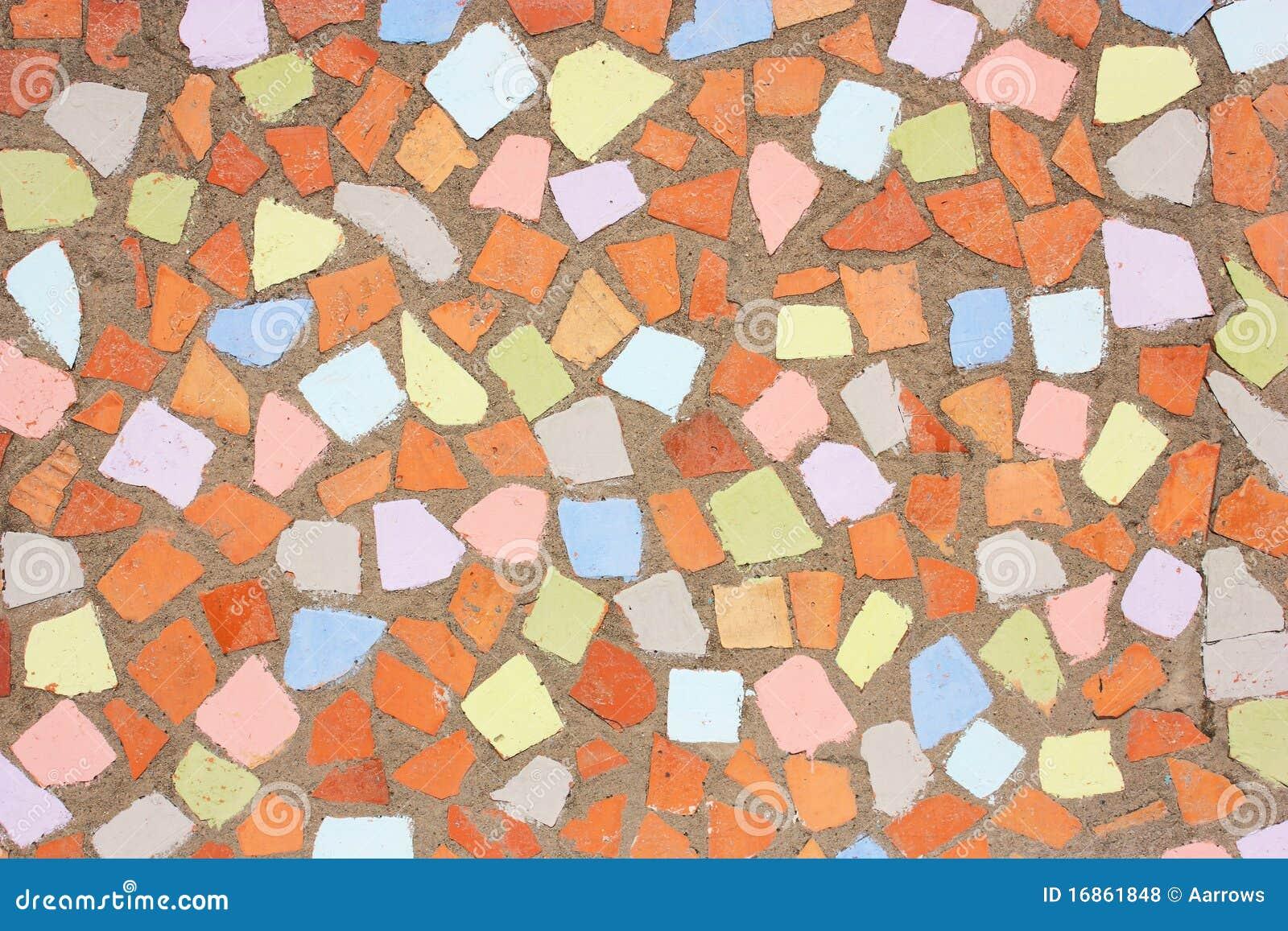 Mosaico rústico alaranjado e amarelo vermelho