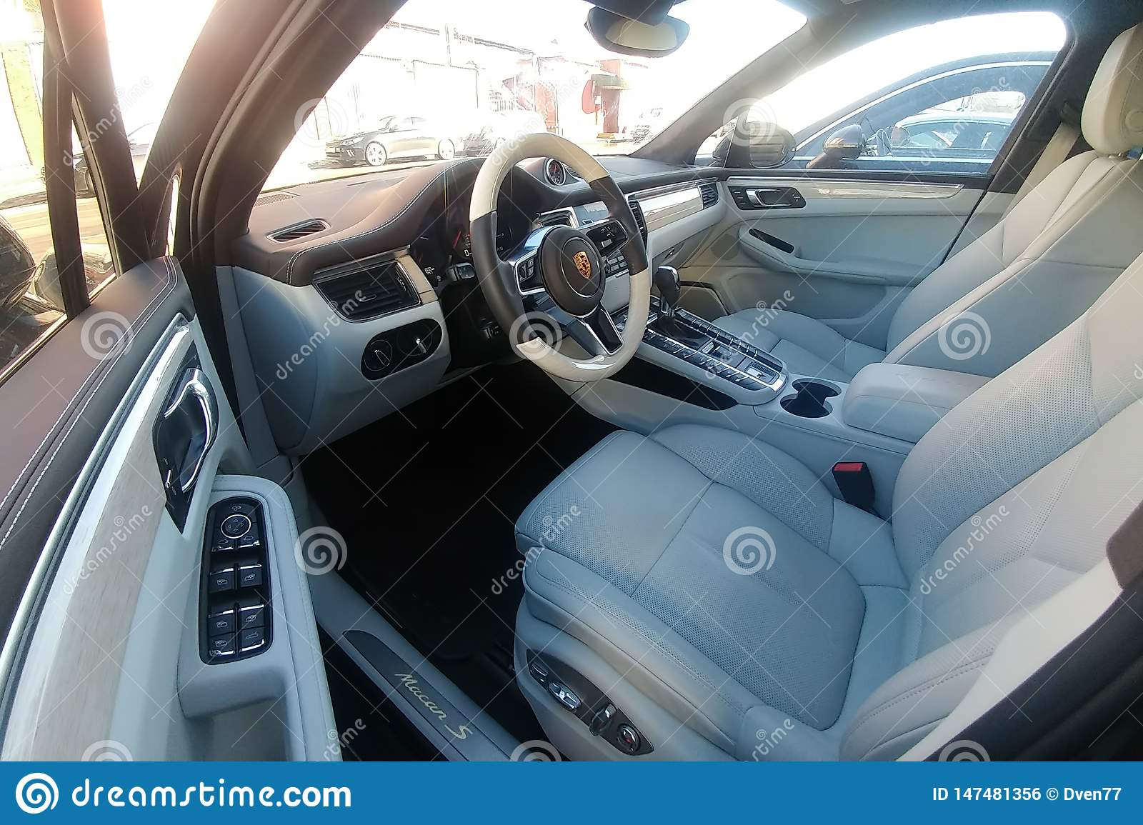 Moscow Russia May 09 2019 White Leather Interior Of An Premium Suv Porsche Macan Parked On The Street Package Trim Car Of Foto Editorial Imagem De Macan Interior 147481356