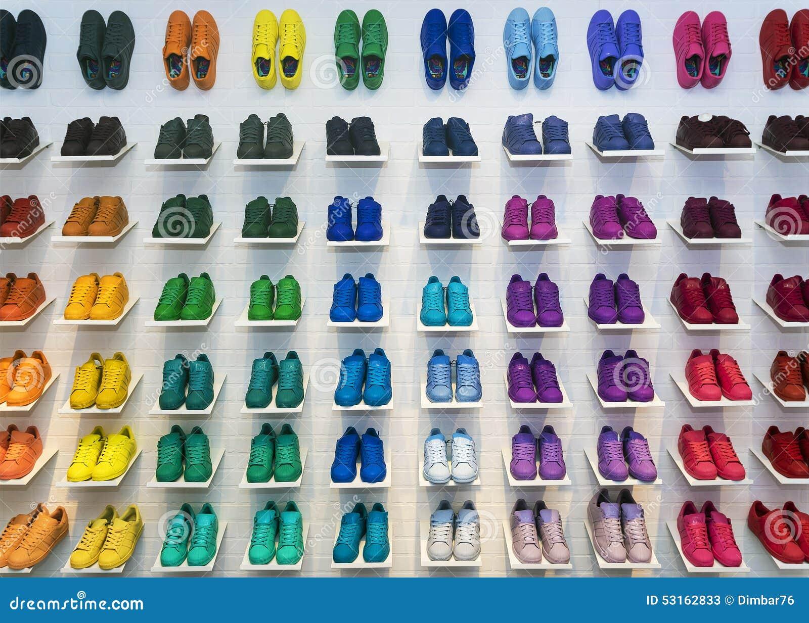chaussures originales adidas
