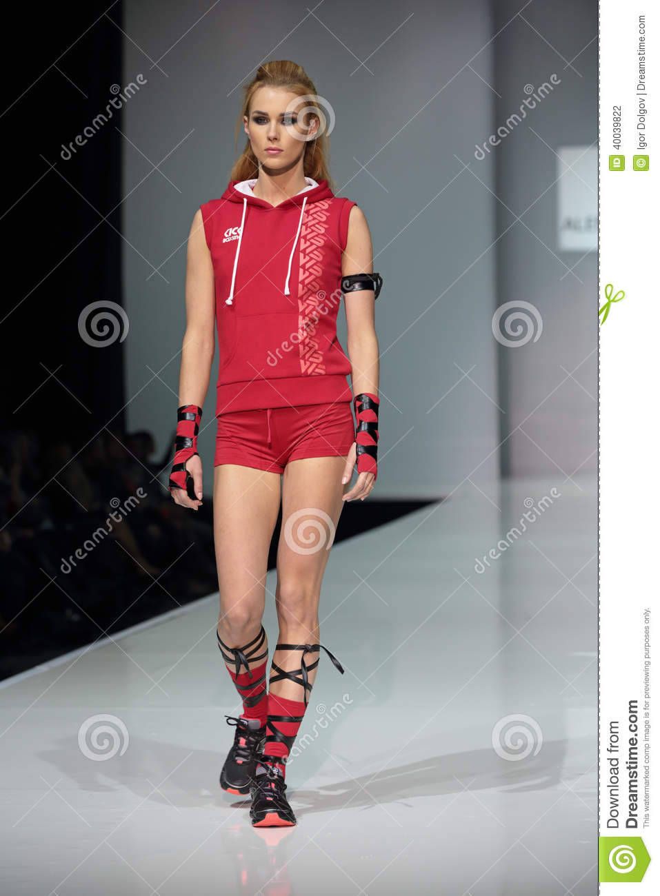 Moscow Fashion Week Editorial Photography Image 40039822