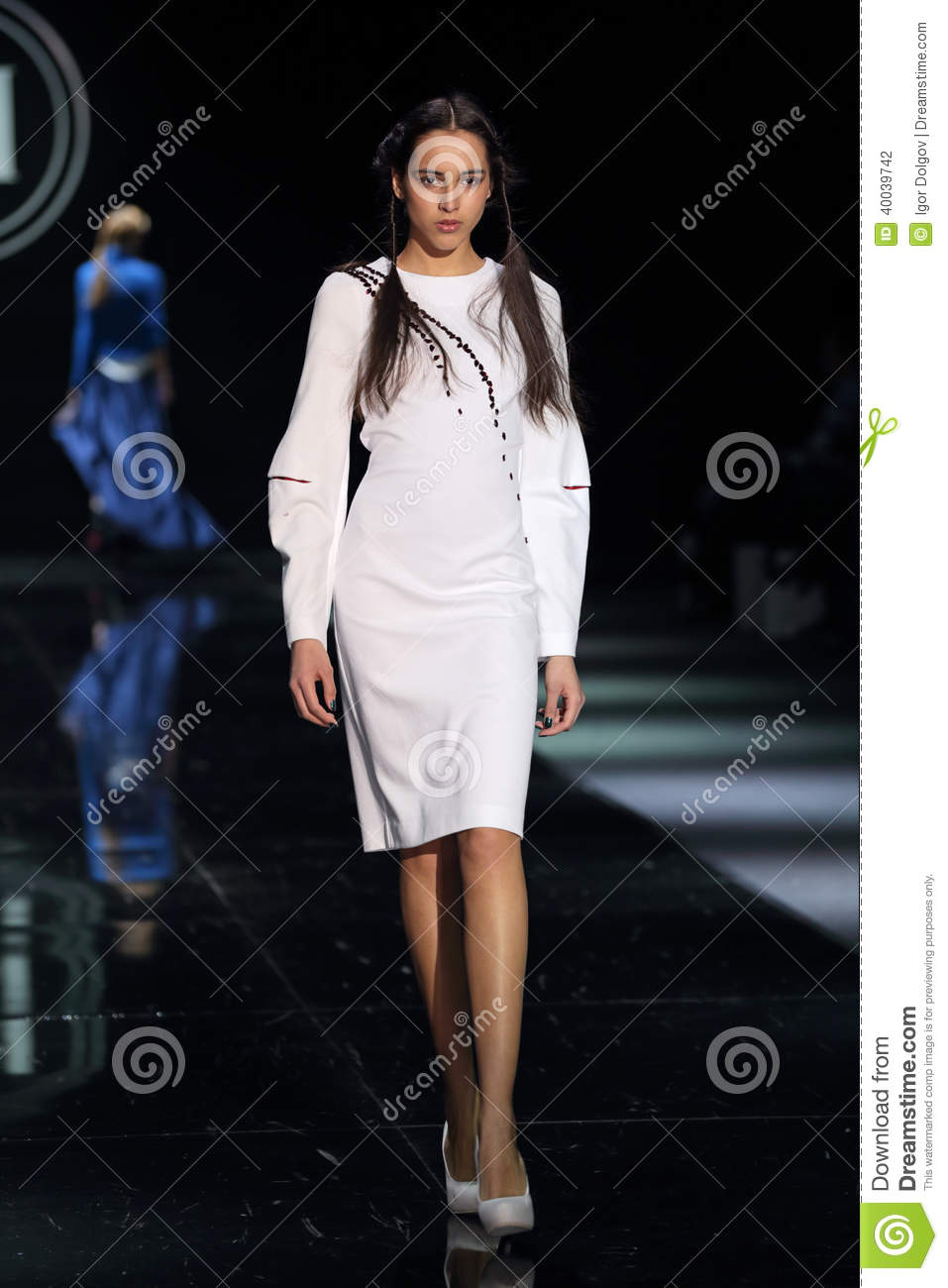 Moscow Fashion Week Editorial Photography Image 40039742