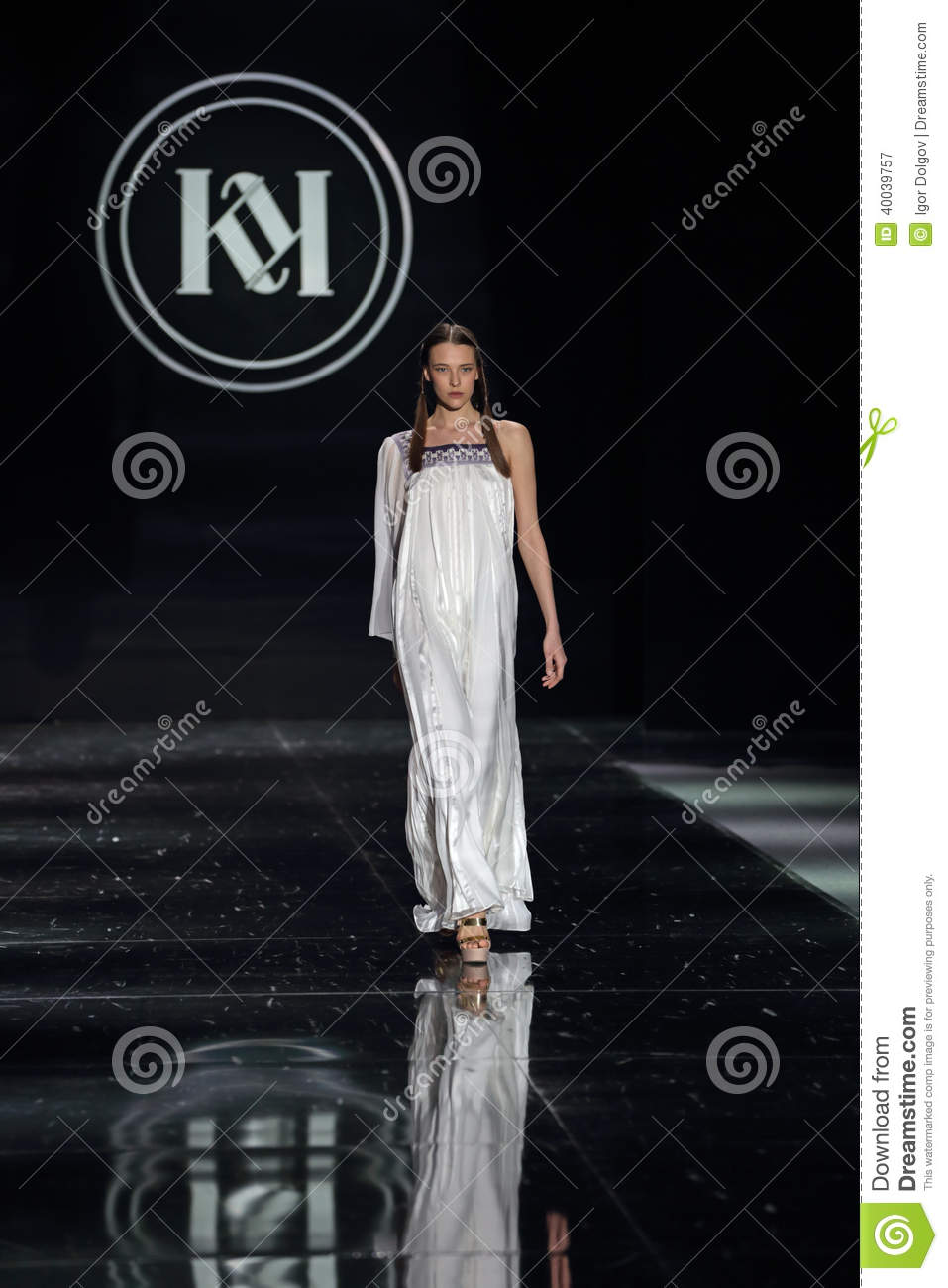 Moscow Fashion Week Editorial Photography Image 40039757