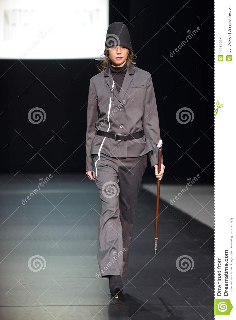 Moscow Fashion Week Editorial Photography Image 40039907