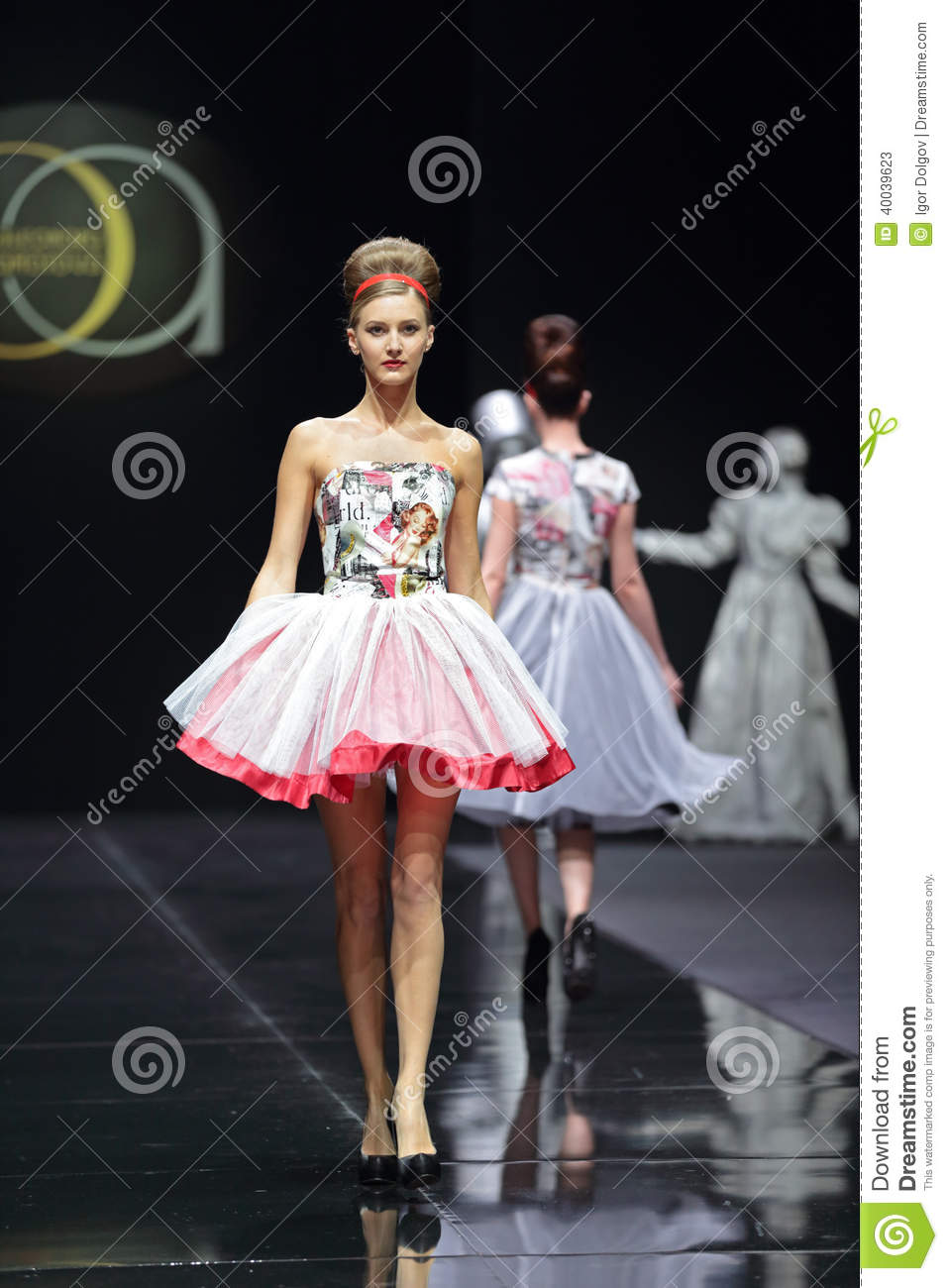 Moscow Fashion Week Editorial Stock Photo Image 40039623