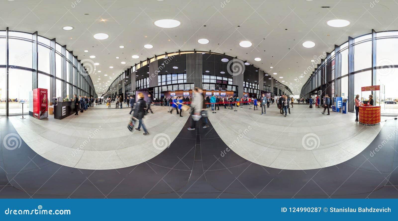 Moscow-2018 : panorama 3D sphérique avec l angle de visualisation de 360 degrés de l intérieur du centre d exposition avec des pe