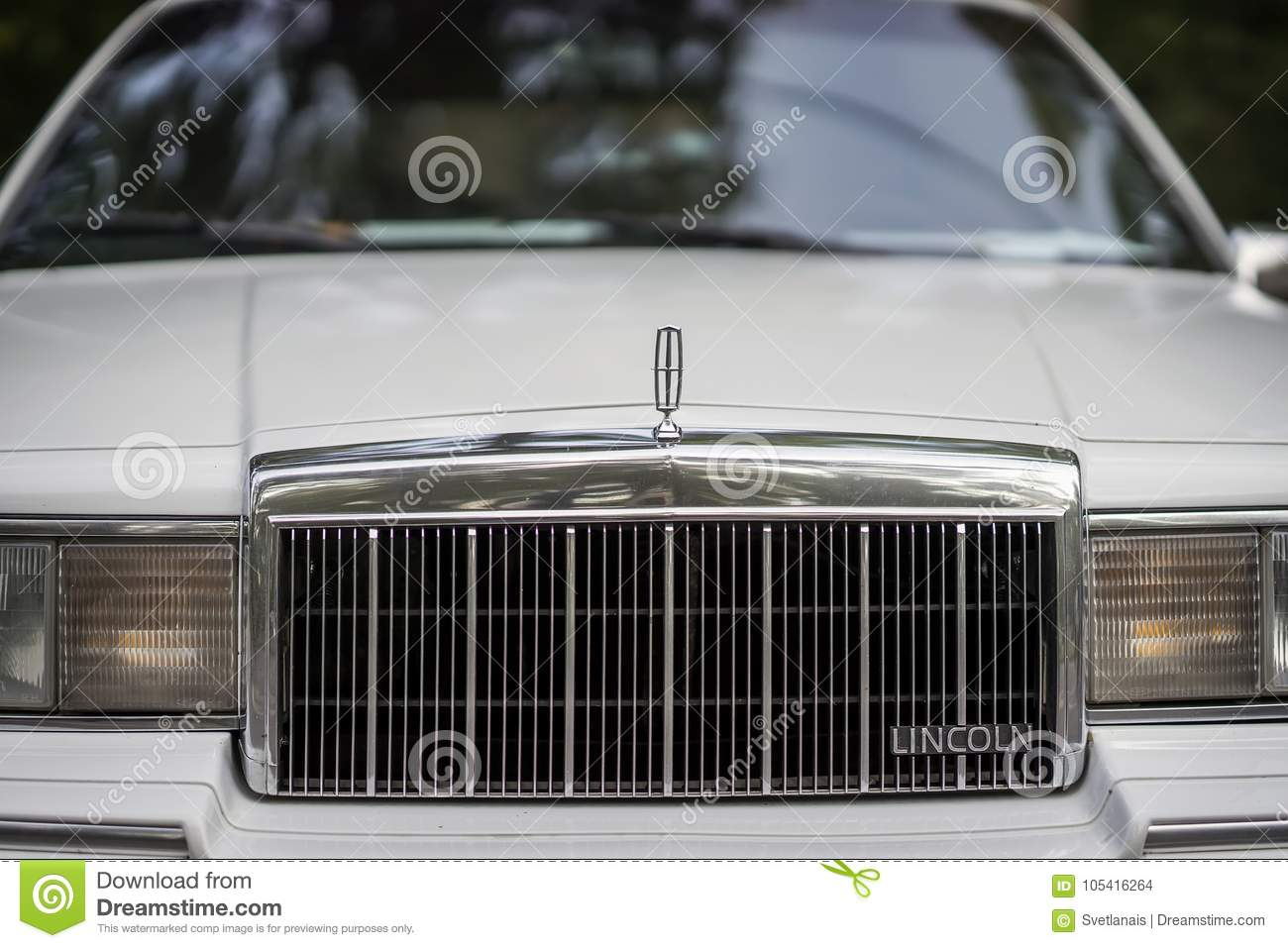 Moscow Russia August 26 2017 Close Up Of Lincoln Car Grill And