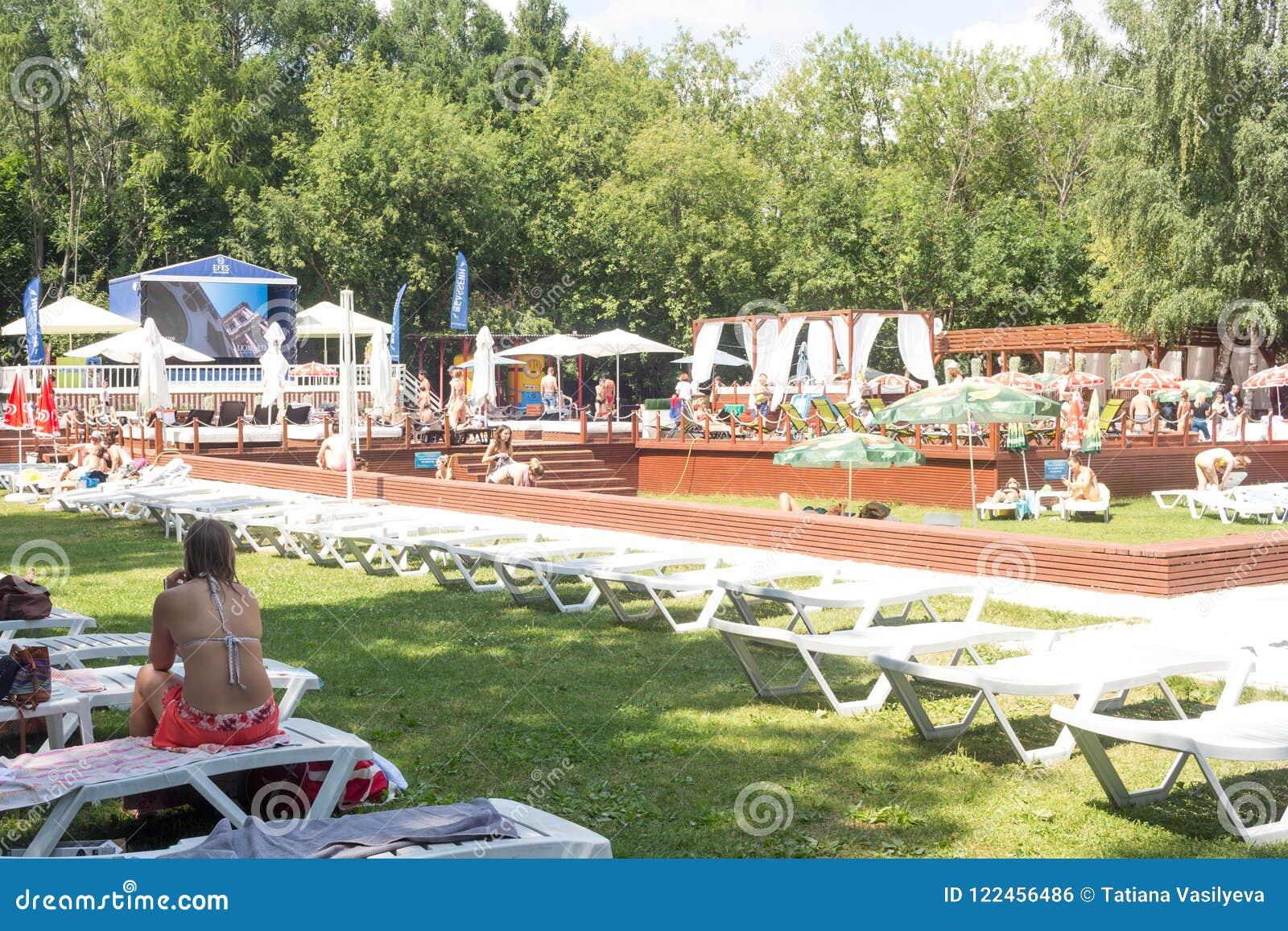 The Pool in Sokolniki 63