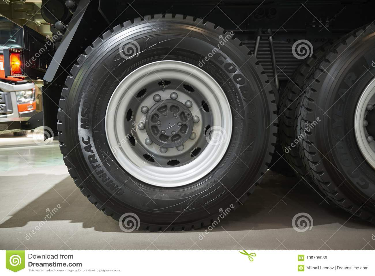 Moscow Sep 5 2017 View On Volvo Truck Wheels And Tires Truck Wheel Rim Truck Chassis Exhibit On Commercial Transport Exhibit Editorial Photo Image Of Part Modern 109705986