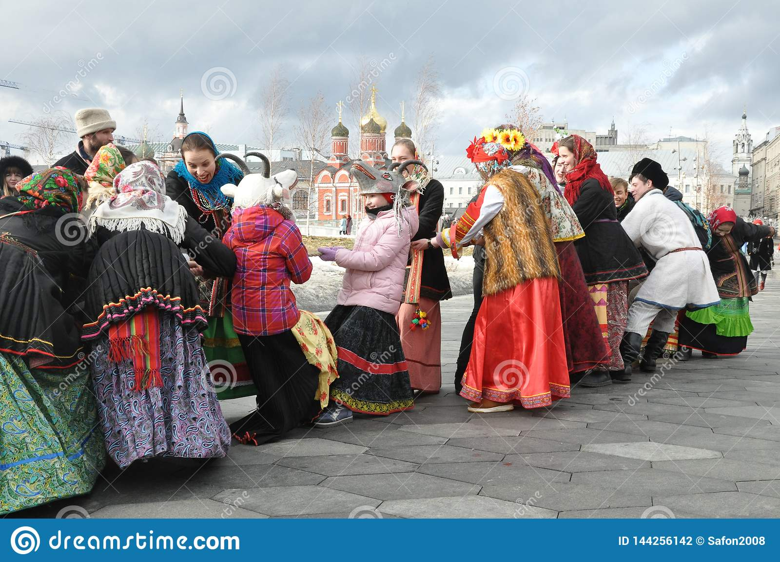 Moskau, Russische F?deration, am 10. M?rz 2019: Maslenitsa in der Mitte der russischen Hauptstadt