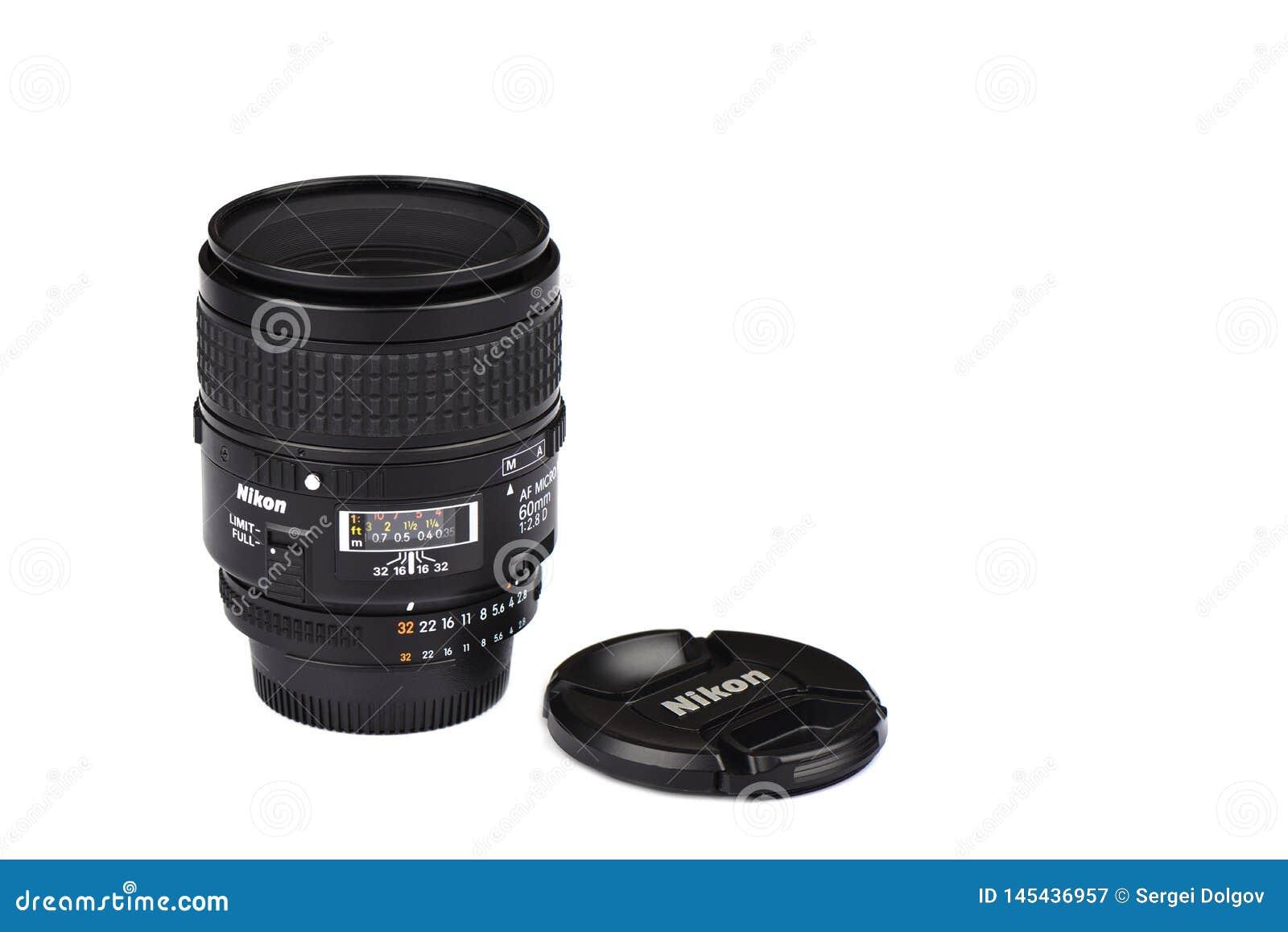 Moskou, Russische Federatie - 20 April, 2019 Nikon AF macro-Nikkor 60mm f2 8 de Lens van D voor de Camera s van Nikon DSLR