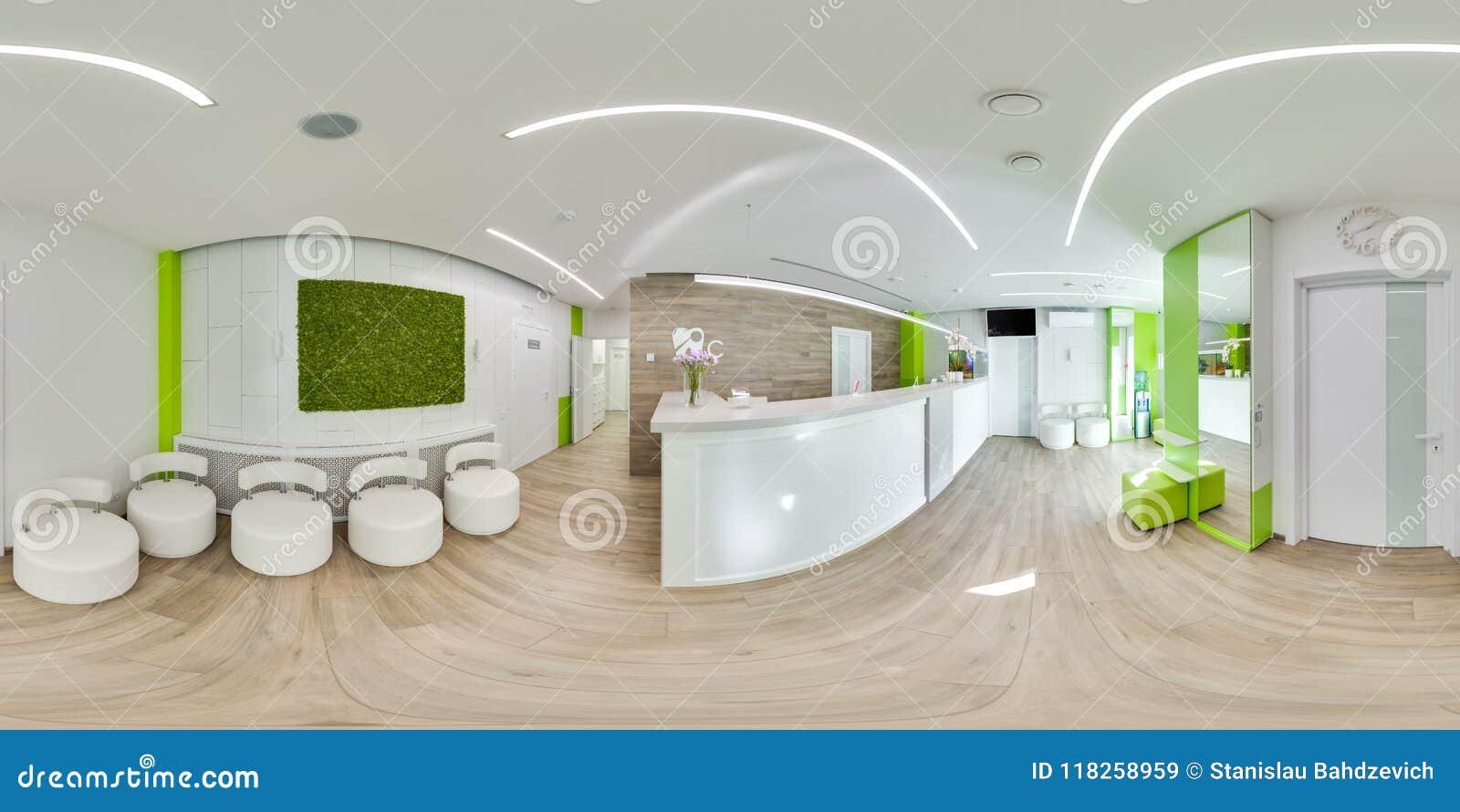 MOSKVA - SOMMAR 2018, sfärisk panorama 3D med vinkel för visning 360 av det gröna moderna tand- kontoret ordna till för virtuell