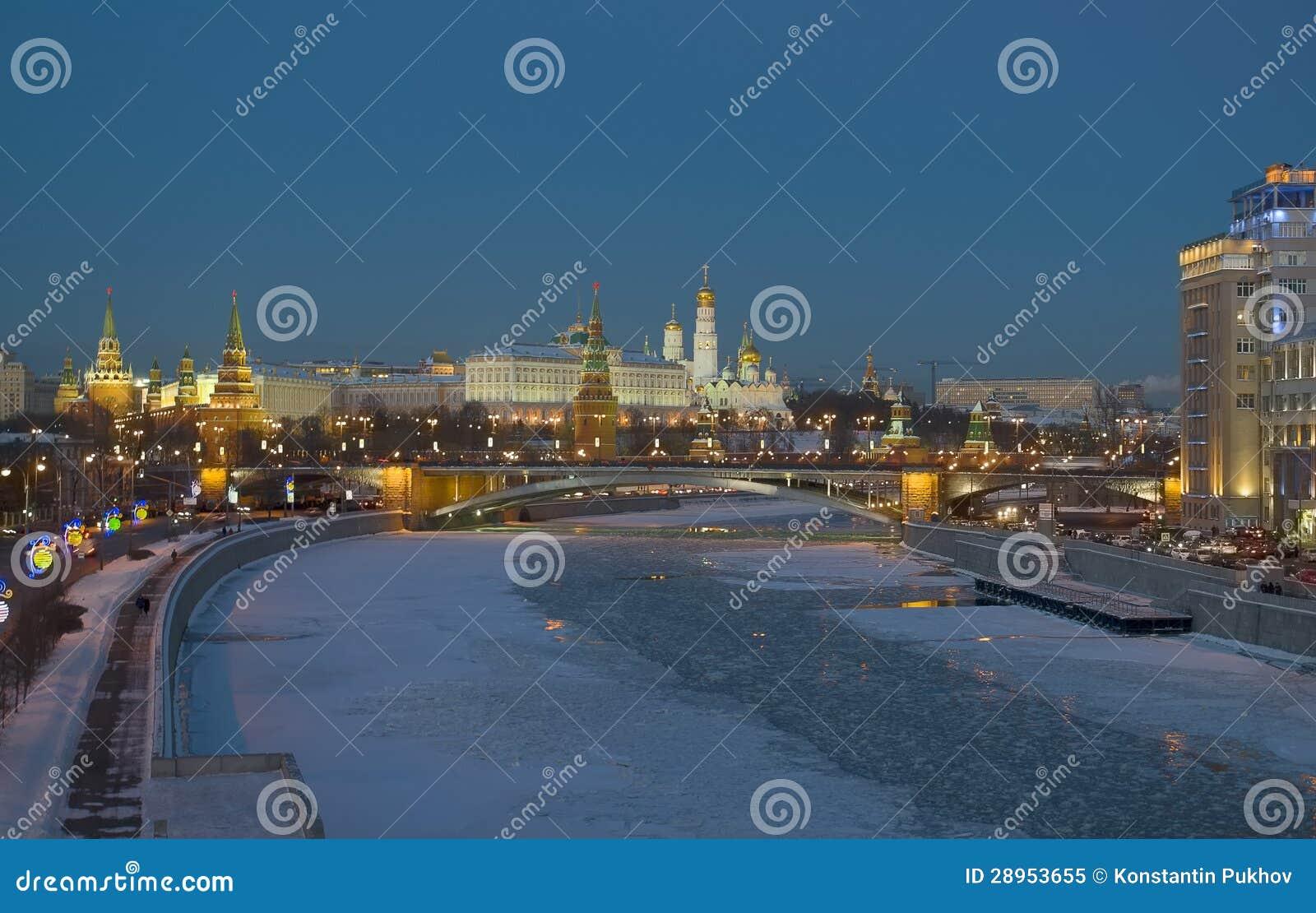 Moskwa Kremlin. Zima wieczór