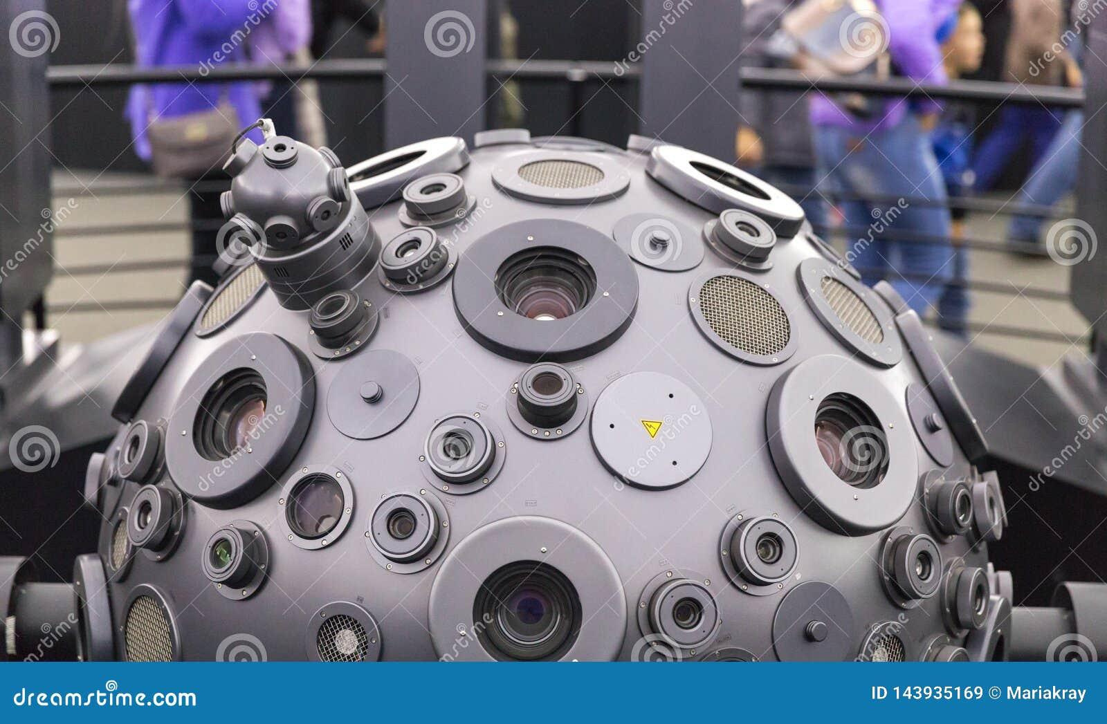 MOSKWA ROSJA, WRZESIE?, - 28: Optomechanical Cosmorama projektor planetarium w Moskwa Planetarium tera?niejszo??