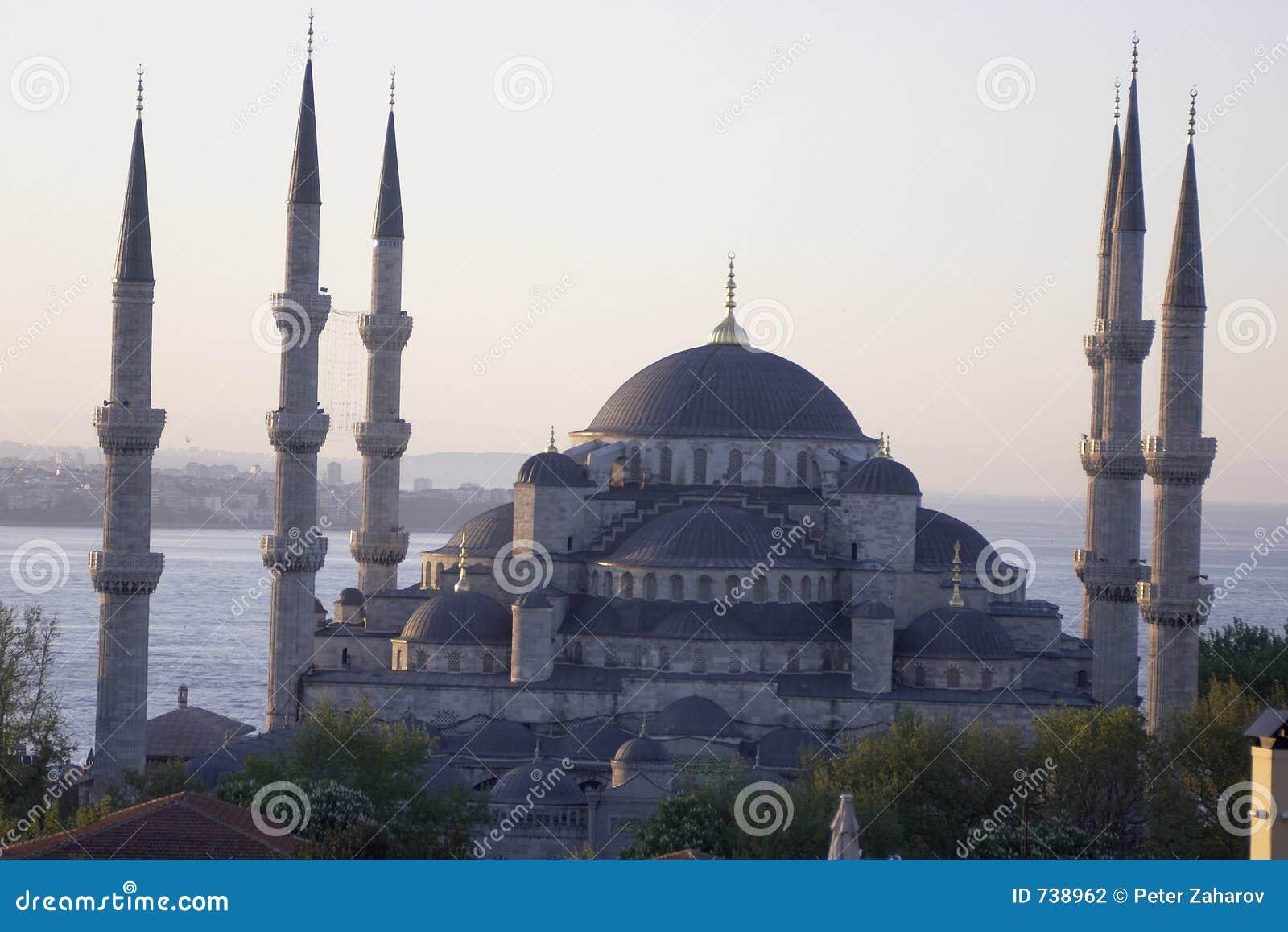 Mosquée principale d Istanbul - camii d Ahmet de sultan (mosquée bleue) à l ea