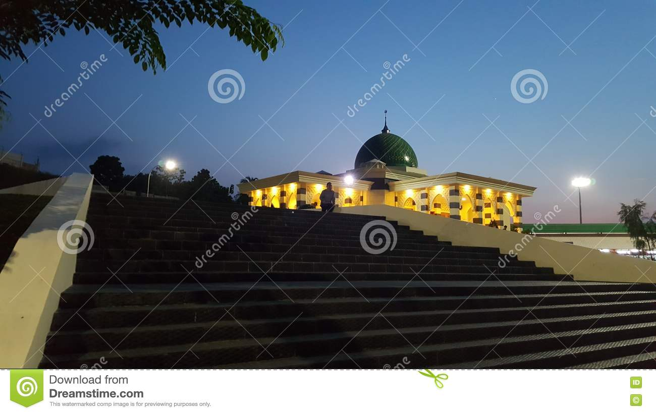 Mosque when night coming