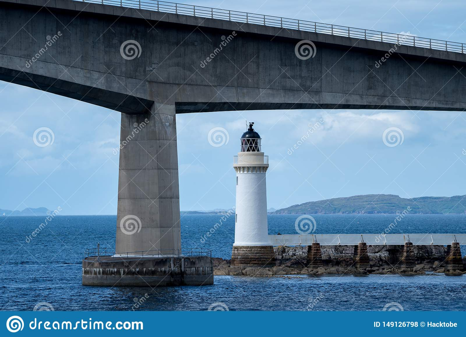 Most i latarnia morska