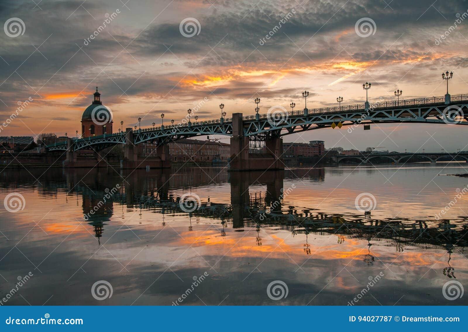 Most i zmierzch