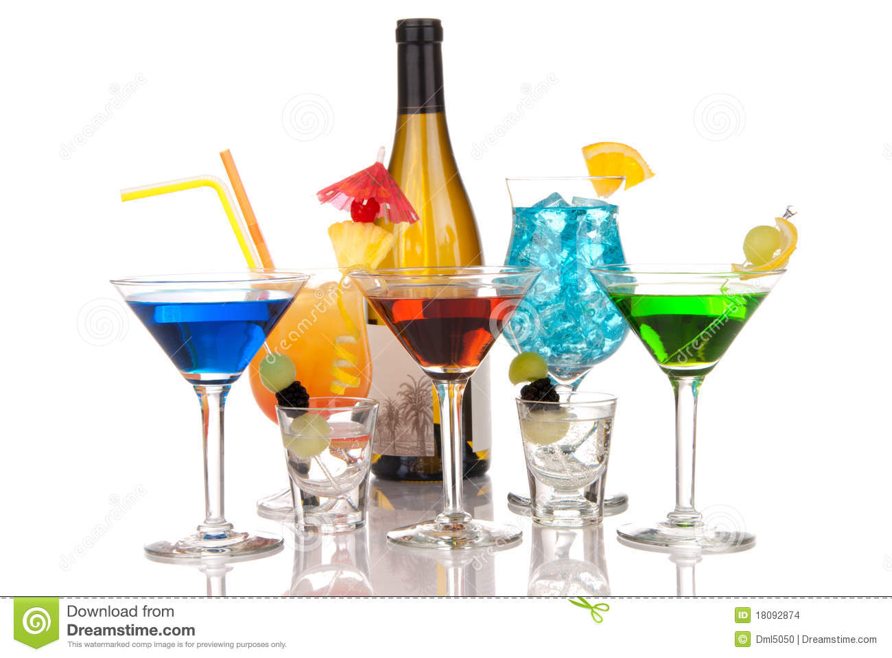 Most popular alcoholic cocktails drink composition stock for Mix drinks with wine