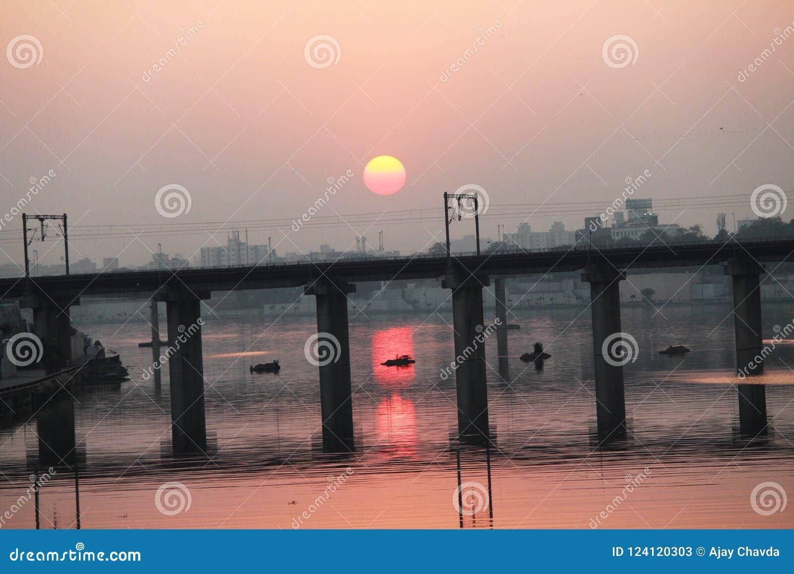 Most przy zmierzchem - Ahmedabad, Gujarat
