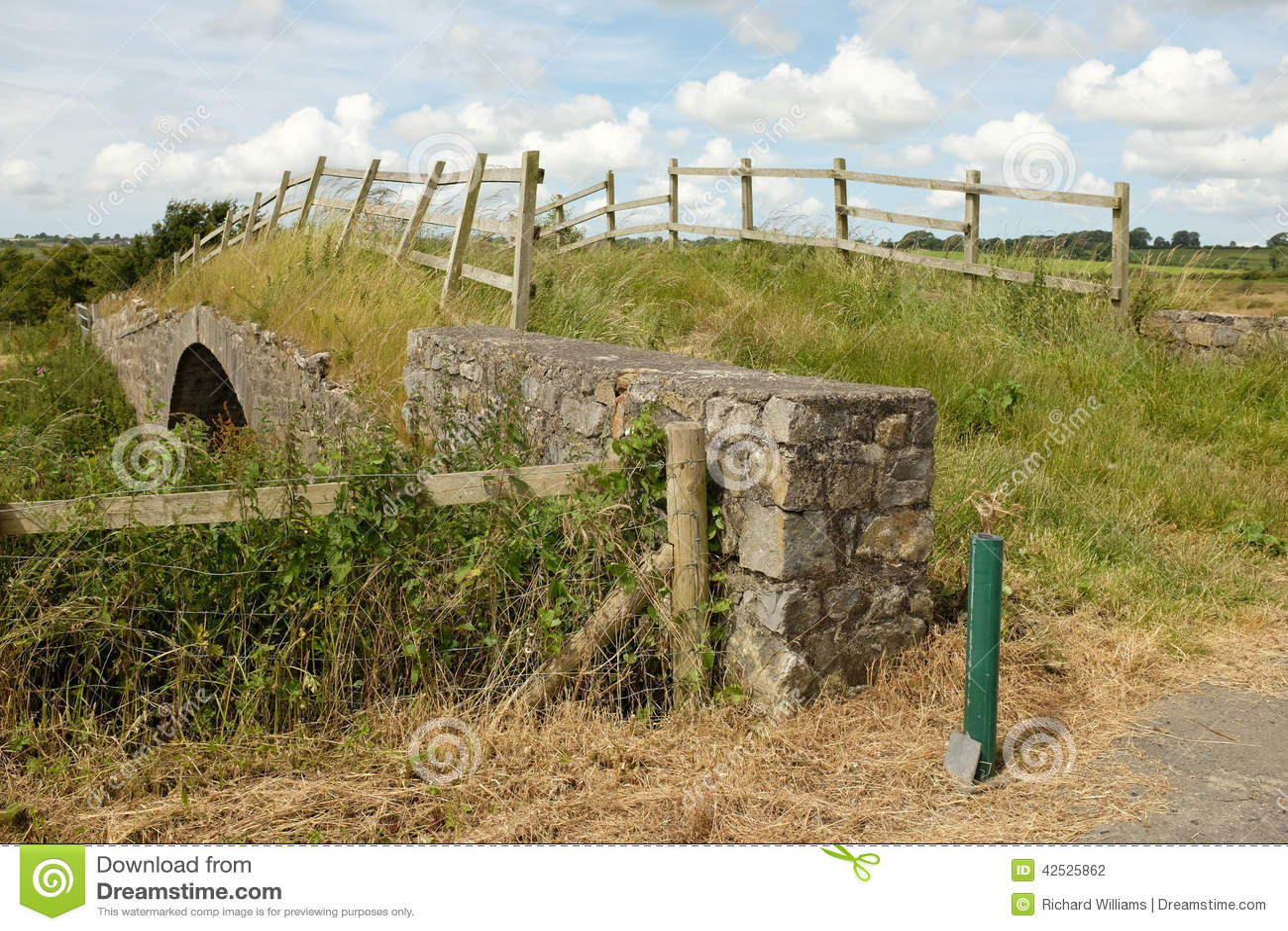 Most starego kamienia