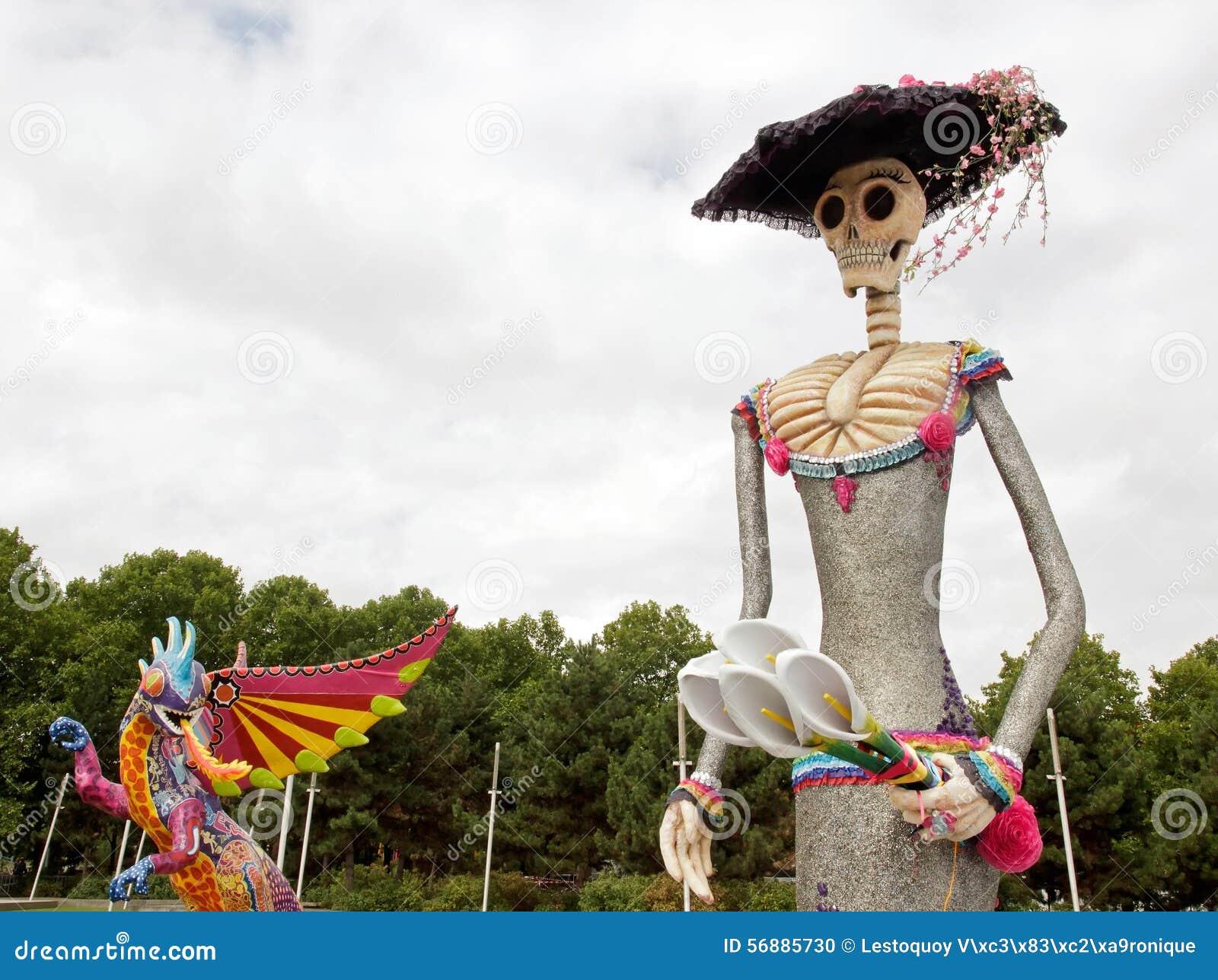 Mostra e visita virtuale sul Messico Parigi, il Parc de la Villette (Francia) un Alebrije, il drago e Caterina