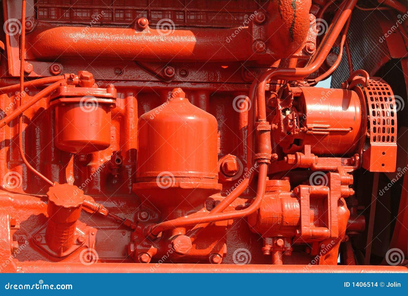 Moteur diesel rouge brillamment peint