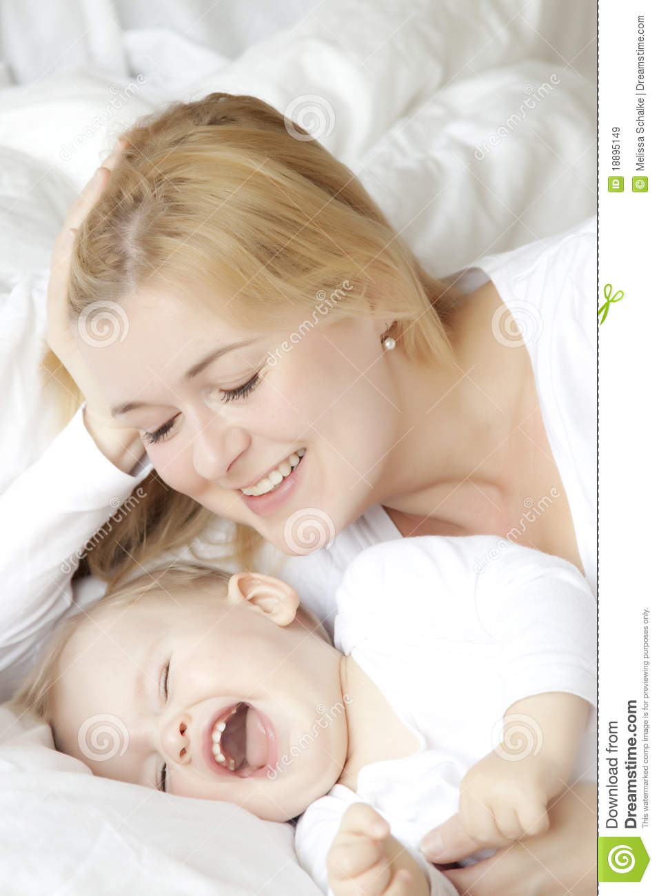 Mother And Child Royalty Free Stock Images - Image: 18895149
